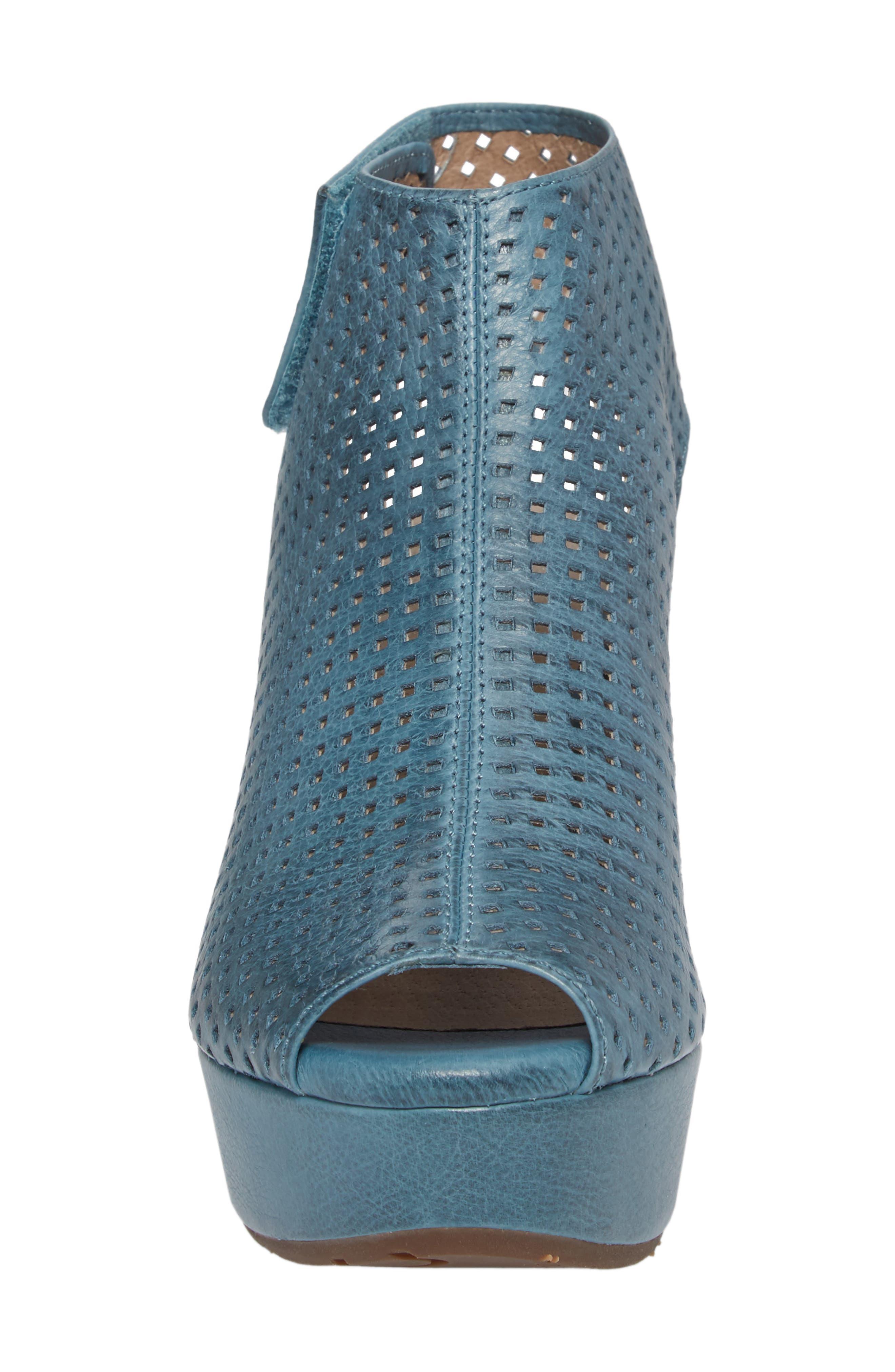 Alternate Image 4  - Chocolat Blu Wing Perforated Platform Wedge (Women)