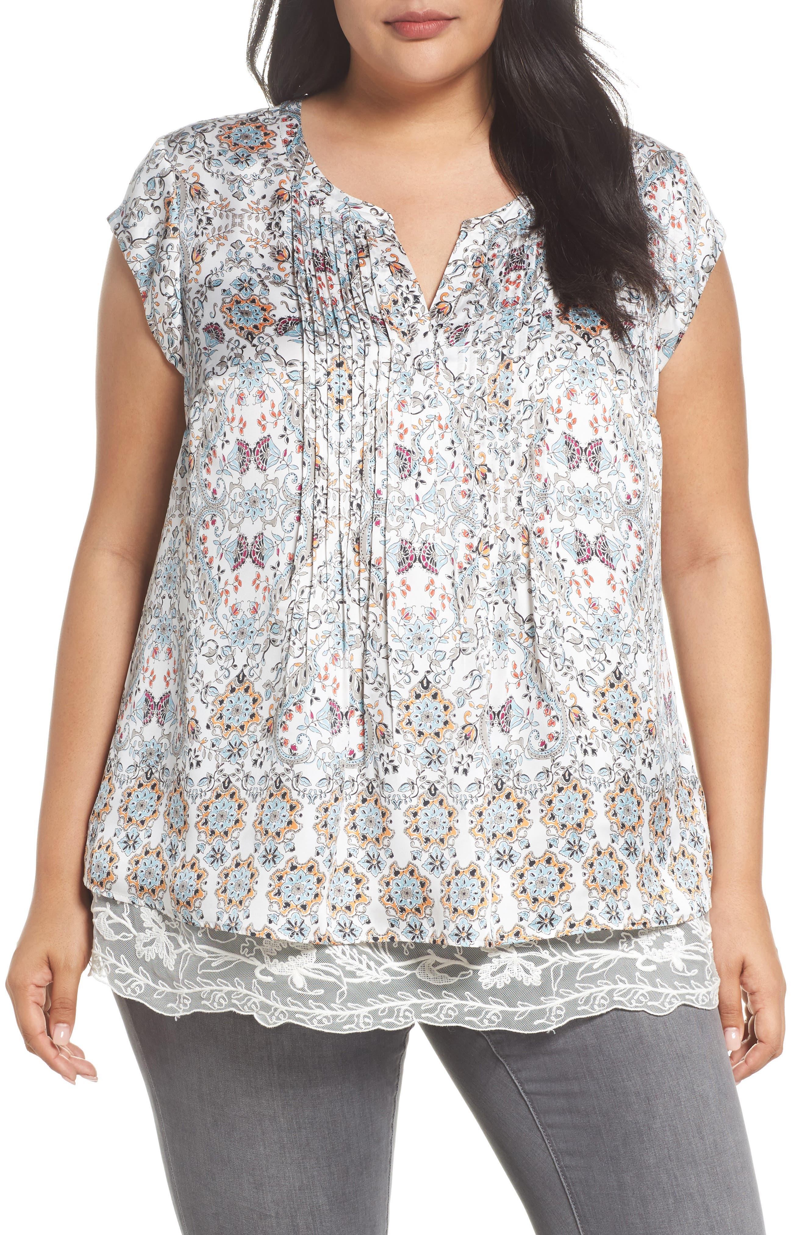 Daniel Rainn Lace Hem Floral Top (Plus Size)