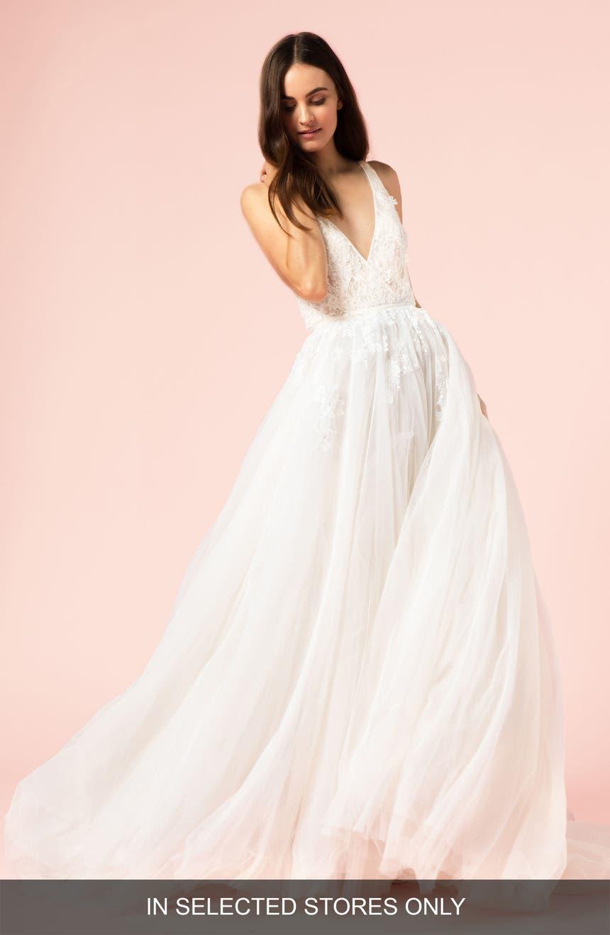 Womens bliss monique lhuillier wedding dresses bridal gowns bliss monique lhuillier v neck ballgown ombrellifo Gallery