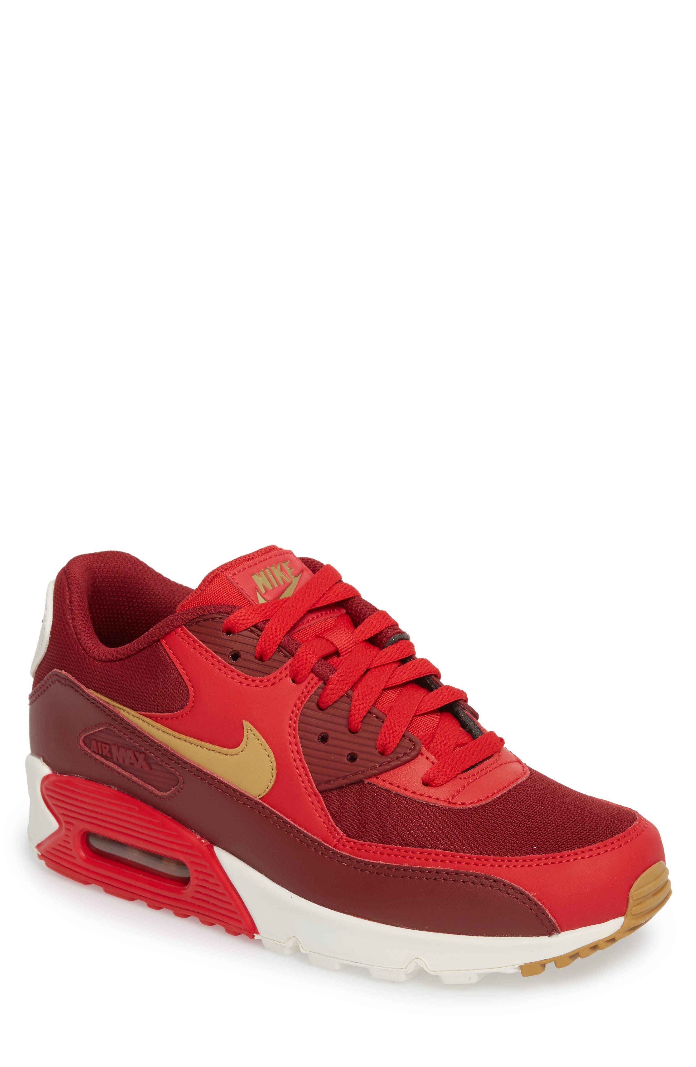 Alternate Image 1 Selected - Nike 'Air Max 90 Essential' Sneaker (Men)