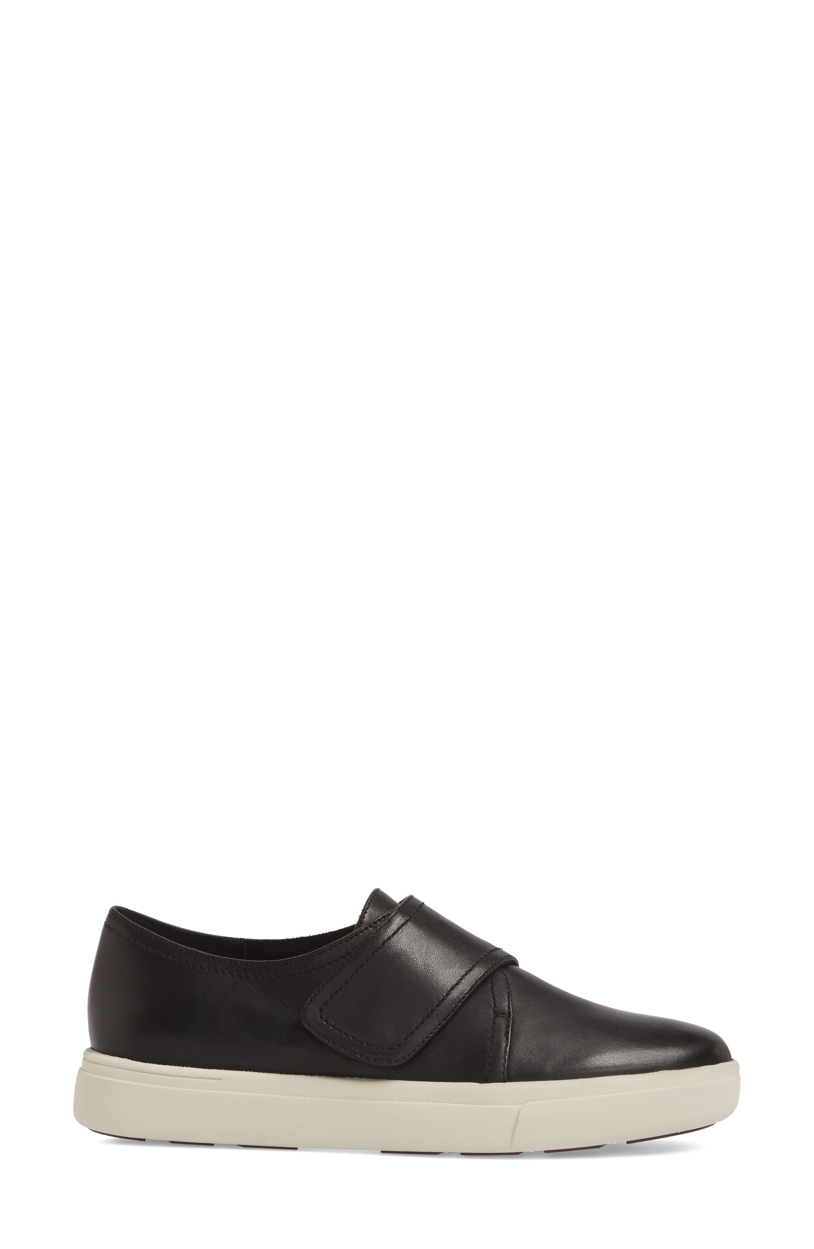 Oberon Slip-On Sneaker,                             Alternate thumbnail 3, color,                             Black Leather