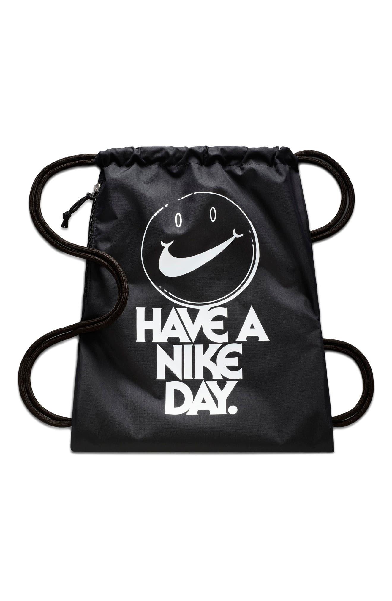 Nike Sportswear Heritage Graphic Gymsack