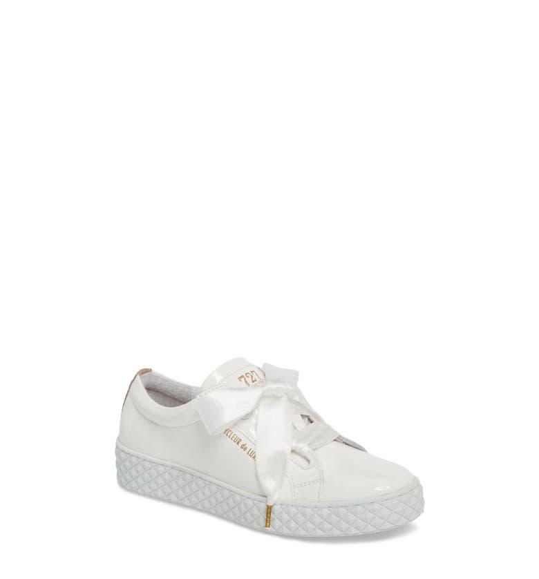 Acton Sneaker