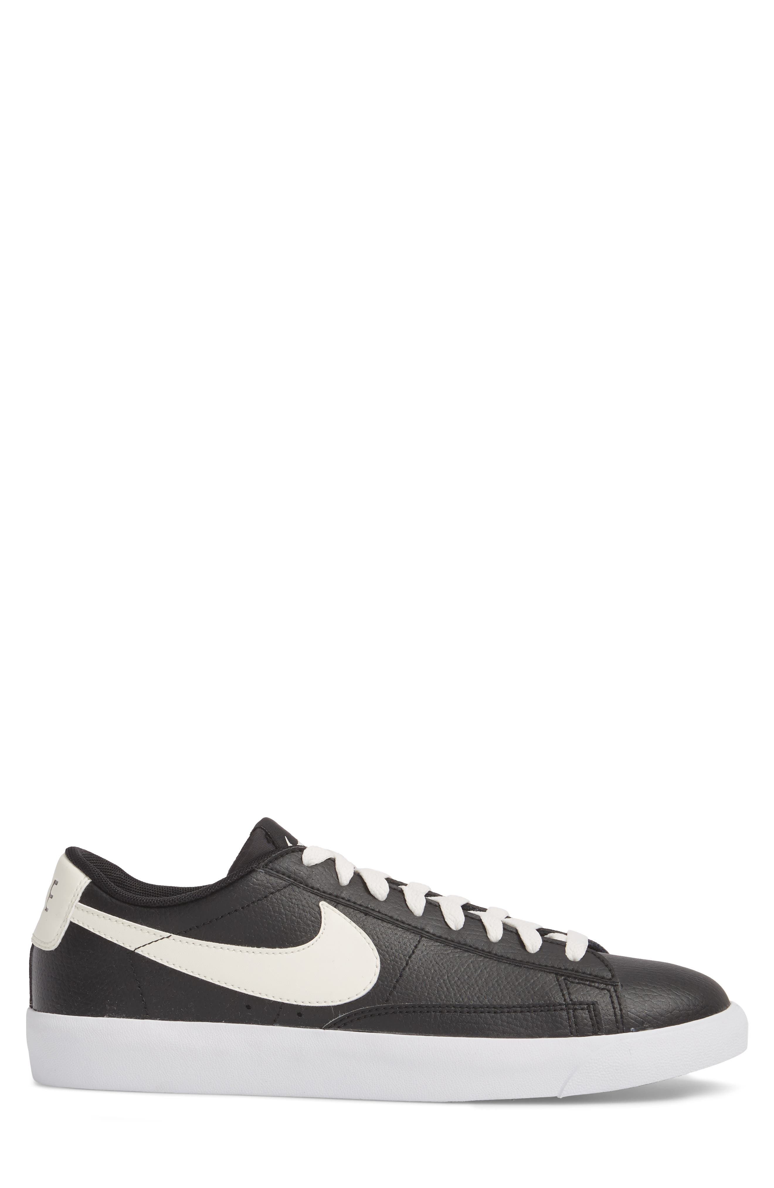 Blazer Low Leather Sneaker,                             Alternate thumbnail 3, color,                             Black/ Sail