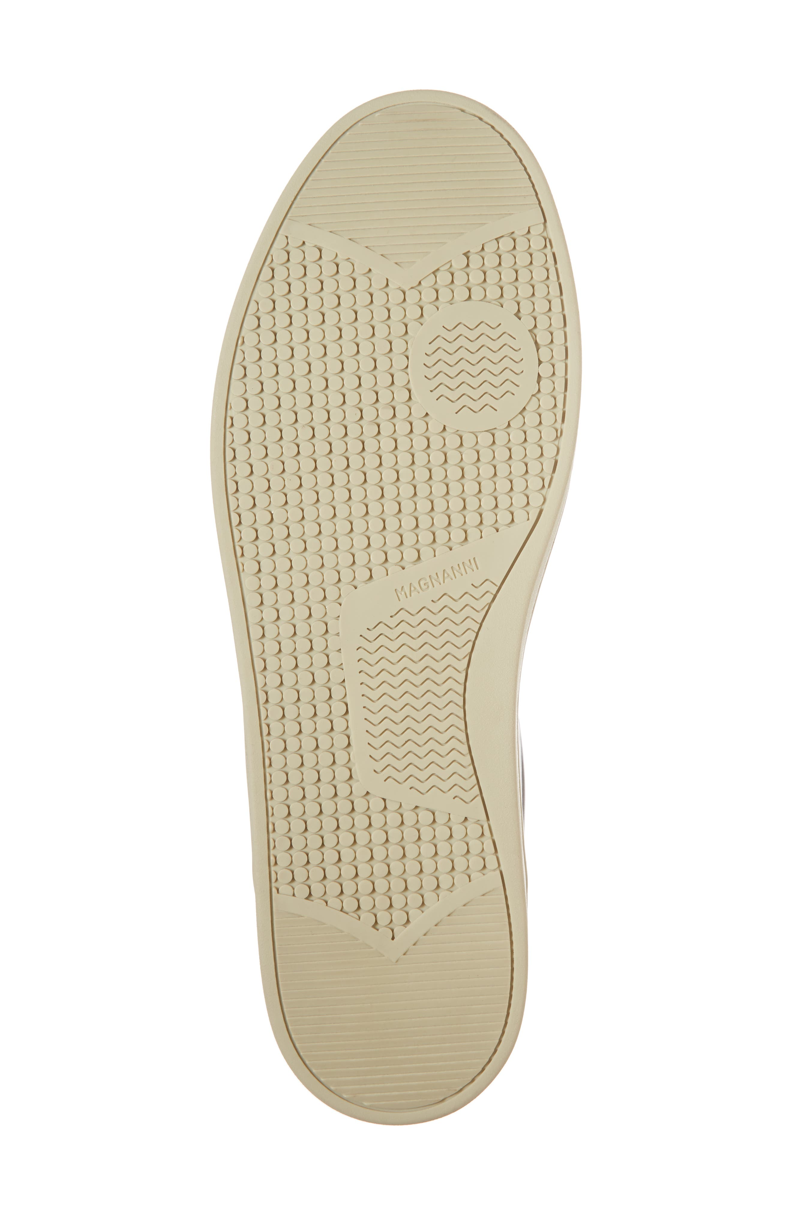 Alternate Image 6  - Magnanni Elonso Low Top Sneaker (Men)