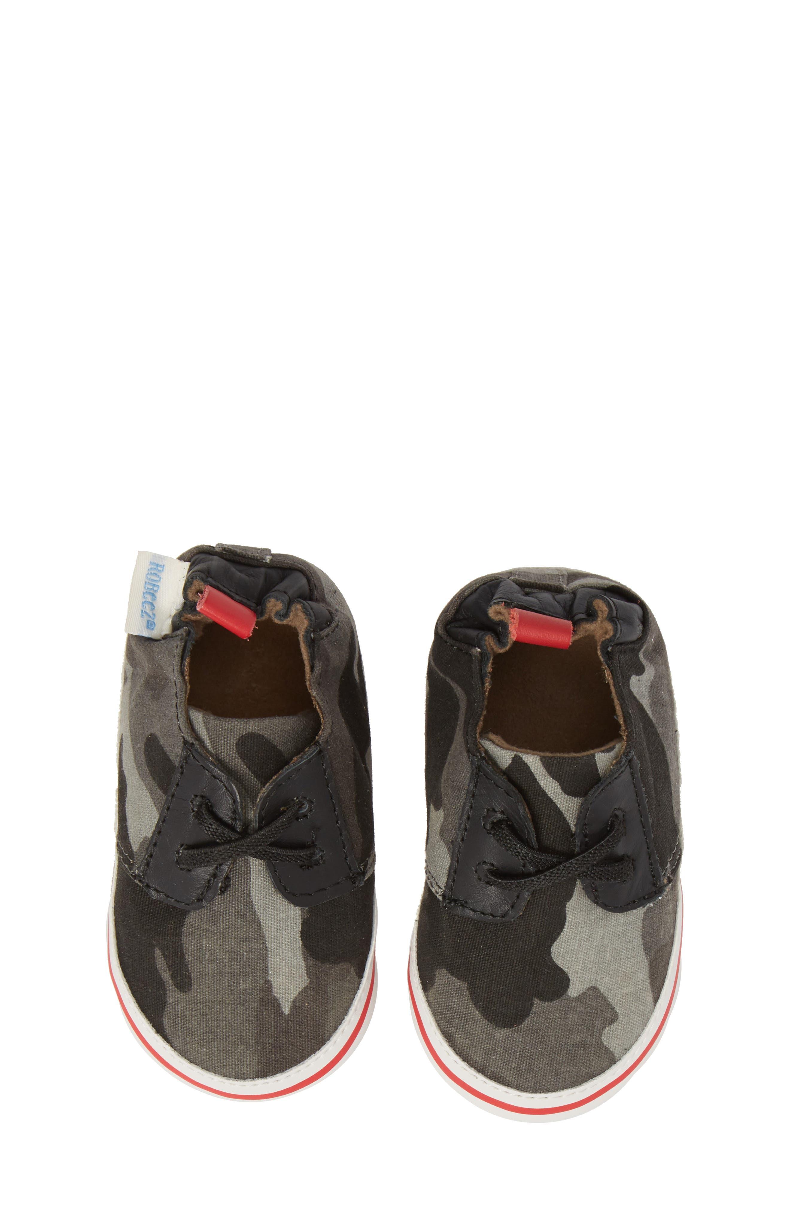Cool & Casual Camo Print Crib Shoe,                             Alternate thumbnail 5, color,                             Grey