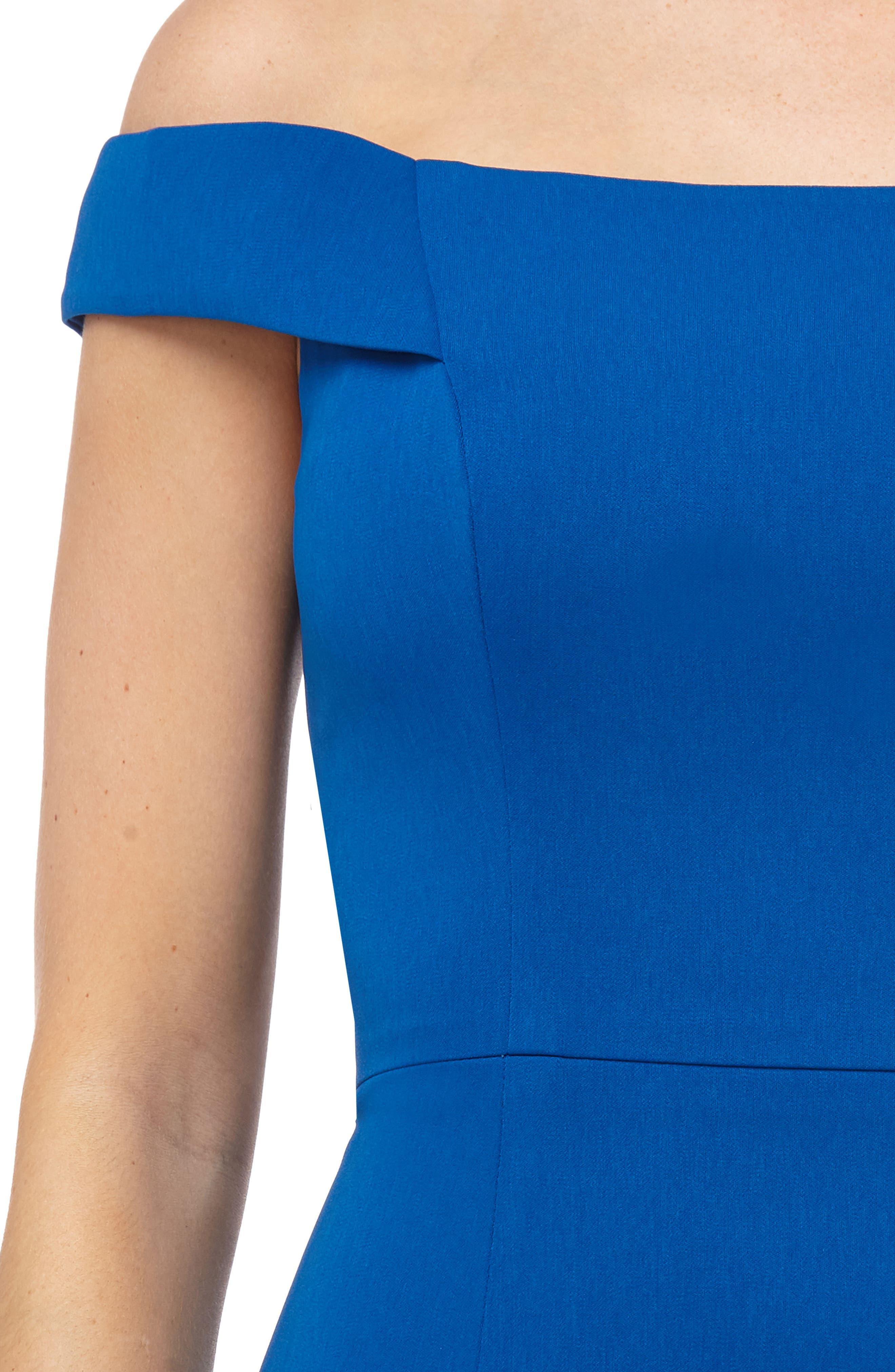 Carmen Marc Valvo Crepe Gown,                             Alternate thumbnail 4, color,                             Sapphire