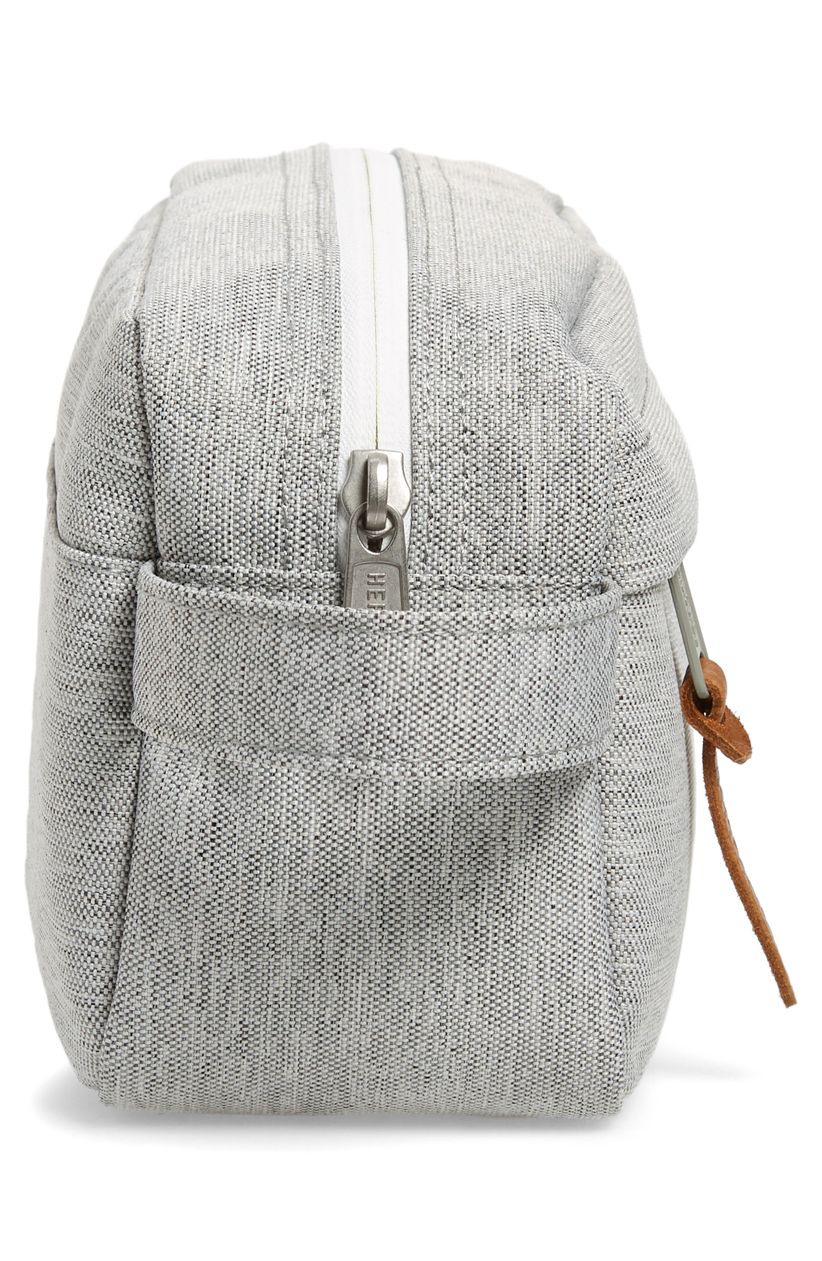 Chapter Carry-On Travel Kit,                             Alternate thumbnail 5, color,                             Light Grey Crosshatch