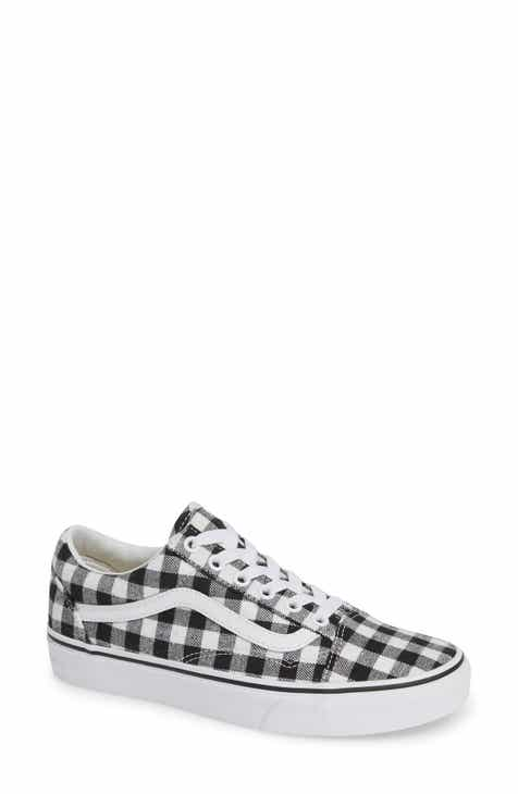 2b101586797f Vans Old Skool Sneaker (Women)