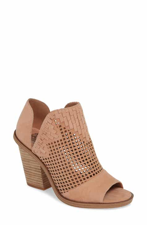 3dda79d3929 Vince Camuto Fritzey Perforated Peep Toe Bootie (Women)