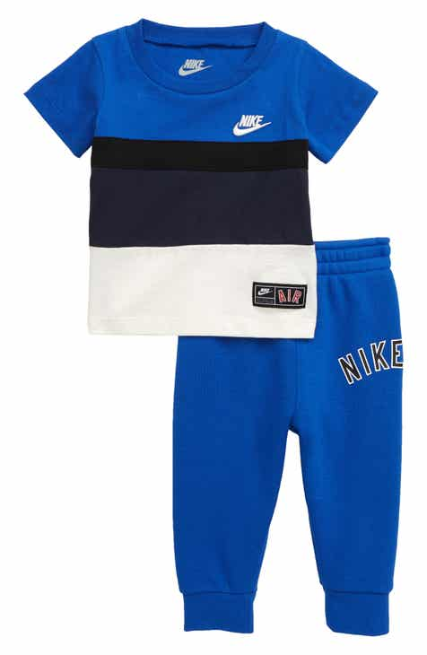 ca0cf1d869ab91 Nike Air T-Shirt   Jogger Pants Set (Baby)