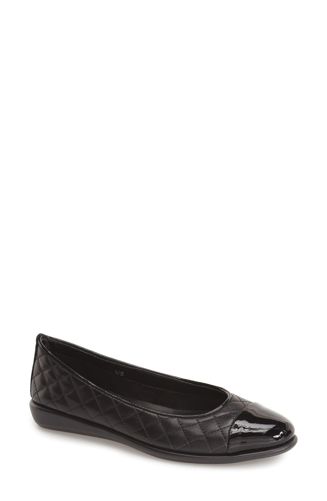 Main Image - The FLEXX 'Rise a Smile' Quilted Leather Flat (Women)