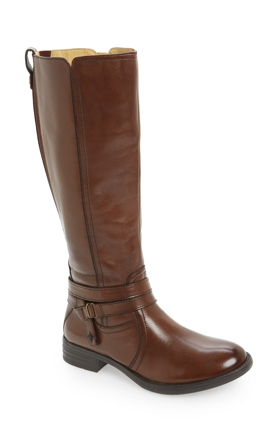 Alternate Image 1 Selected - Bussola 'Tracy' Round Toe Boot (Women)