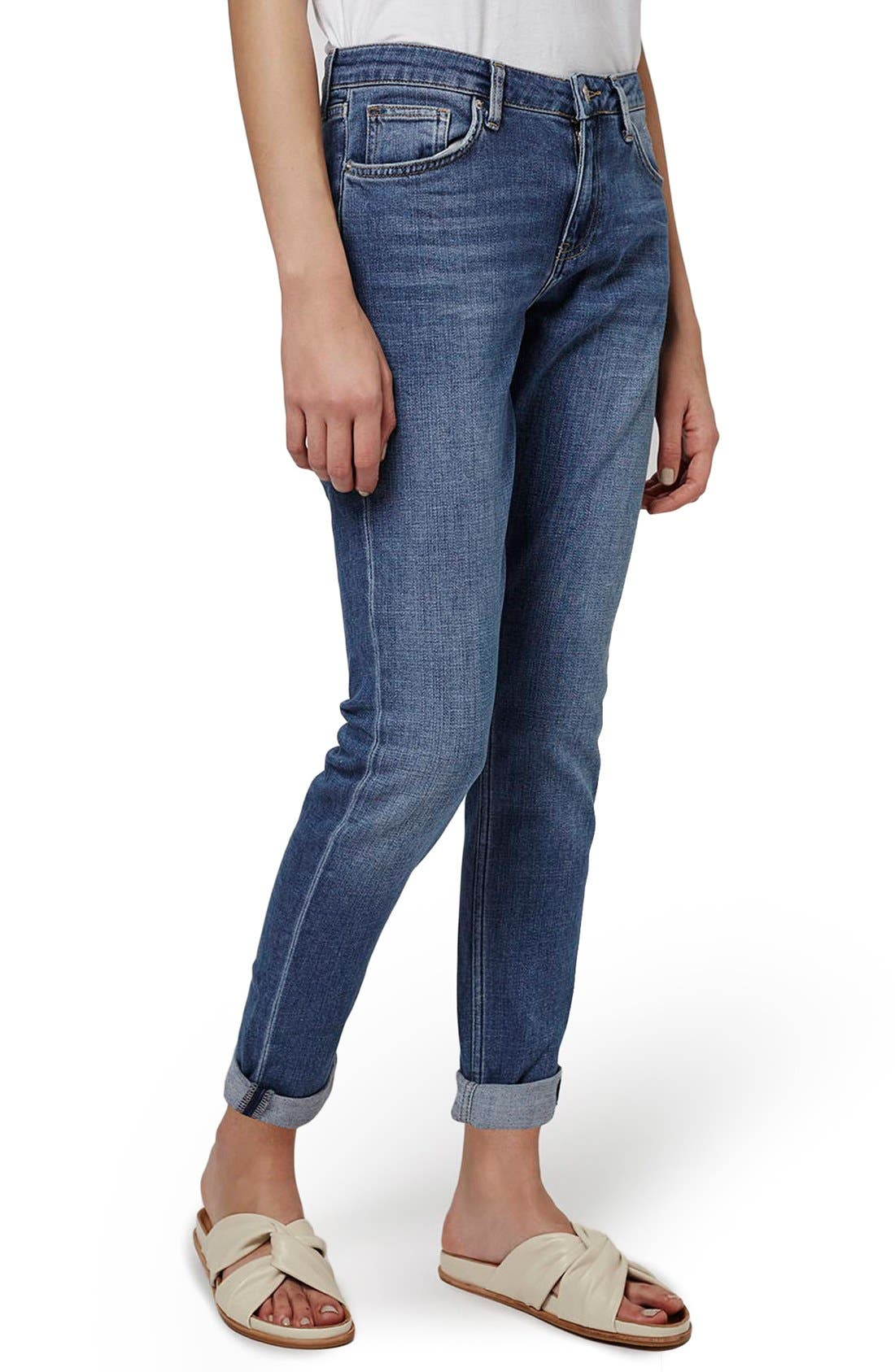Main Image - Topshop 'Lucas' Boyfriend Jeans (Indigo)