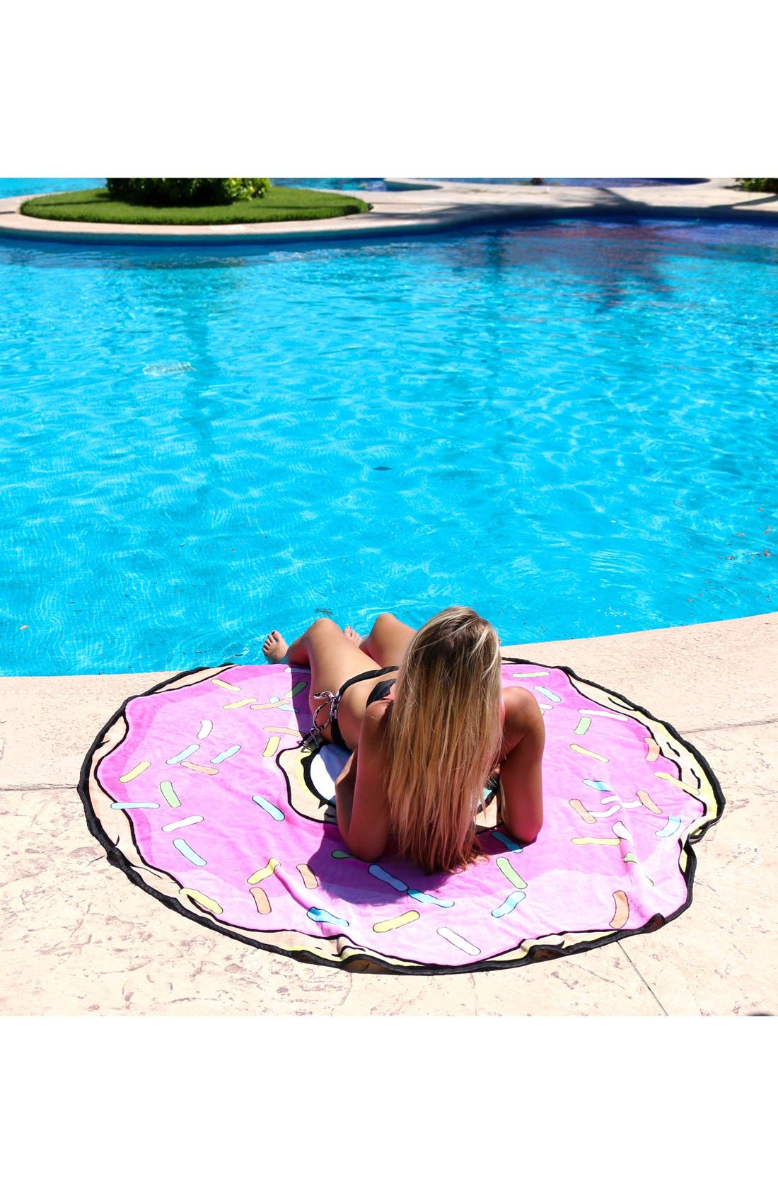 Donut Round Beach Towel,                             Alternate thumbnail 2, color,                             Pink