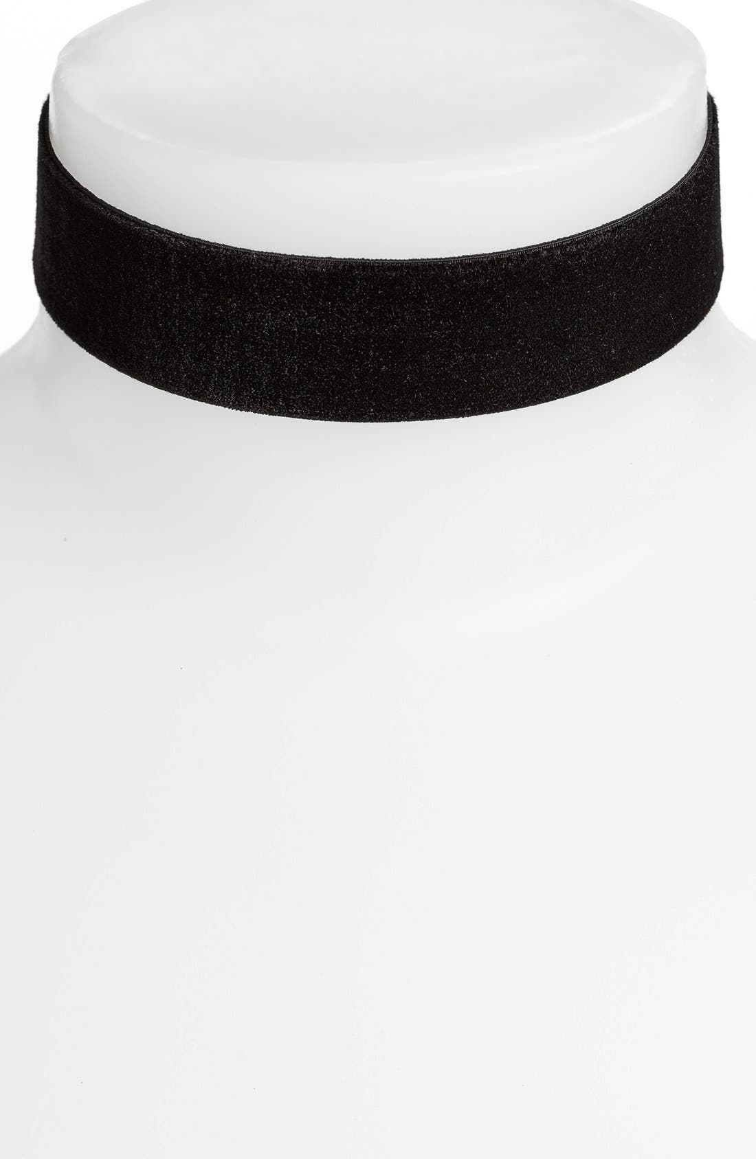 Vanessa Mooney Stretch Velvet Choker