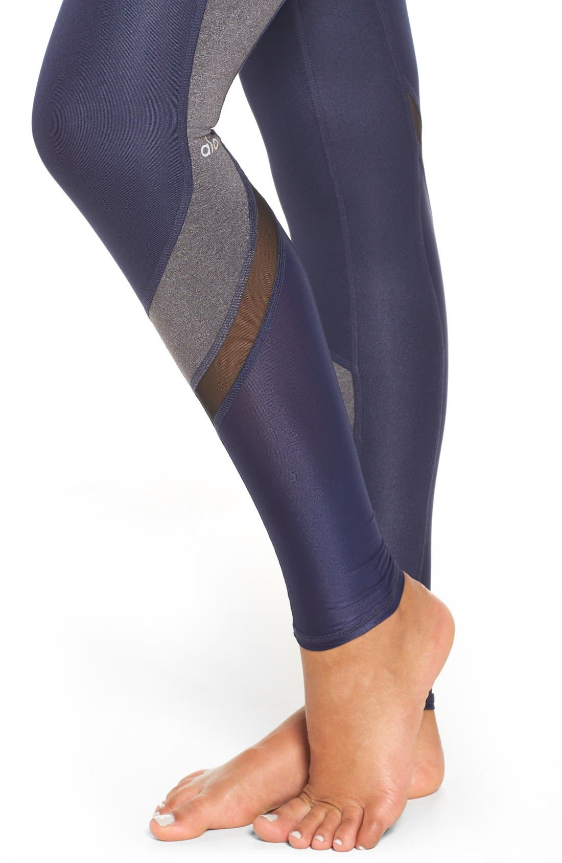 Alternate Image 4  - Alo Elevate Leggings