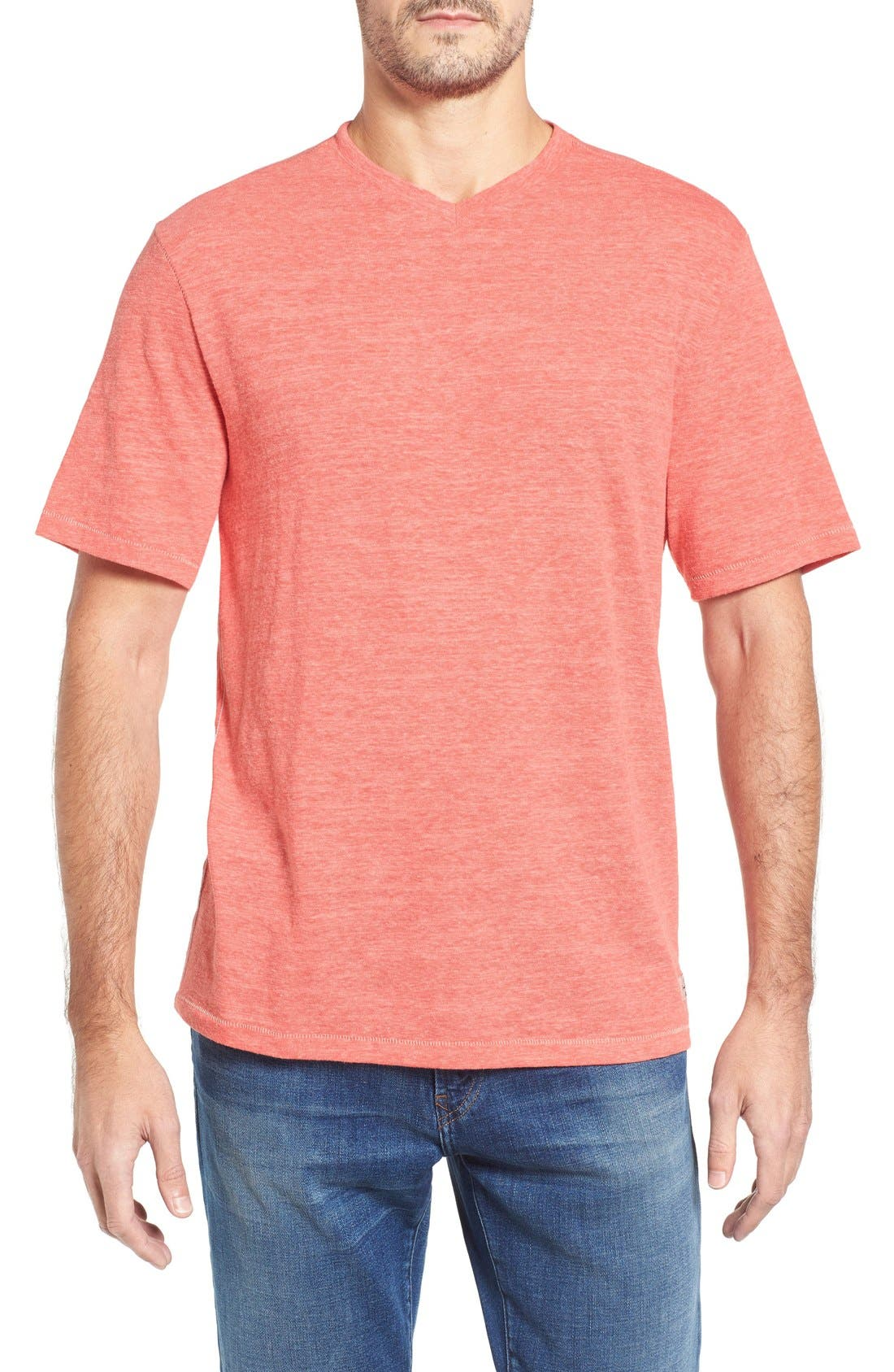 TOMMY BAHAMA Sundays Best V-Neck T-Shirt