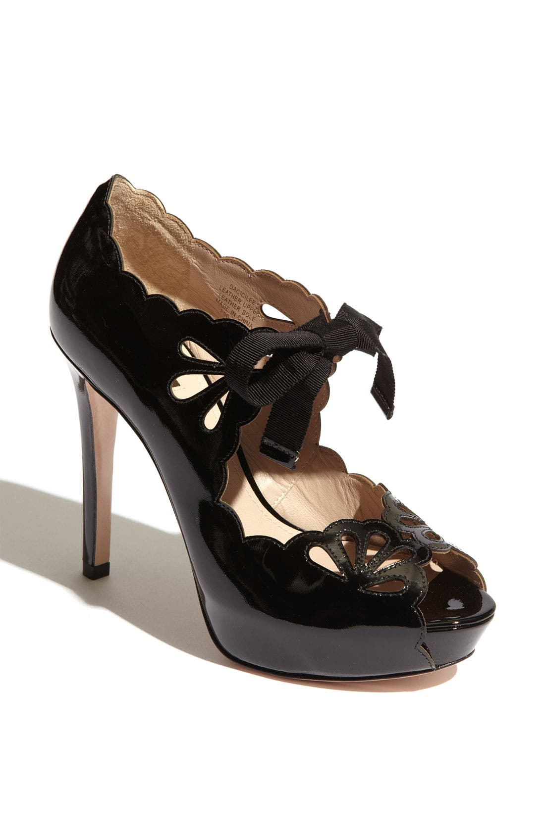 Main Image - Joan & David 'Cicilee' Pump