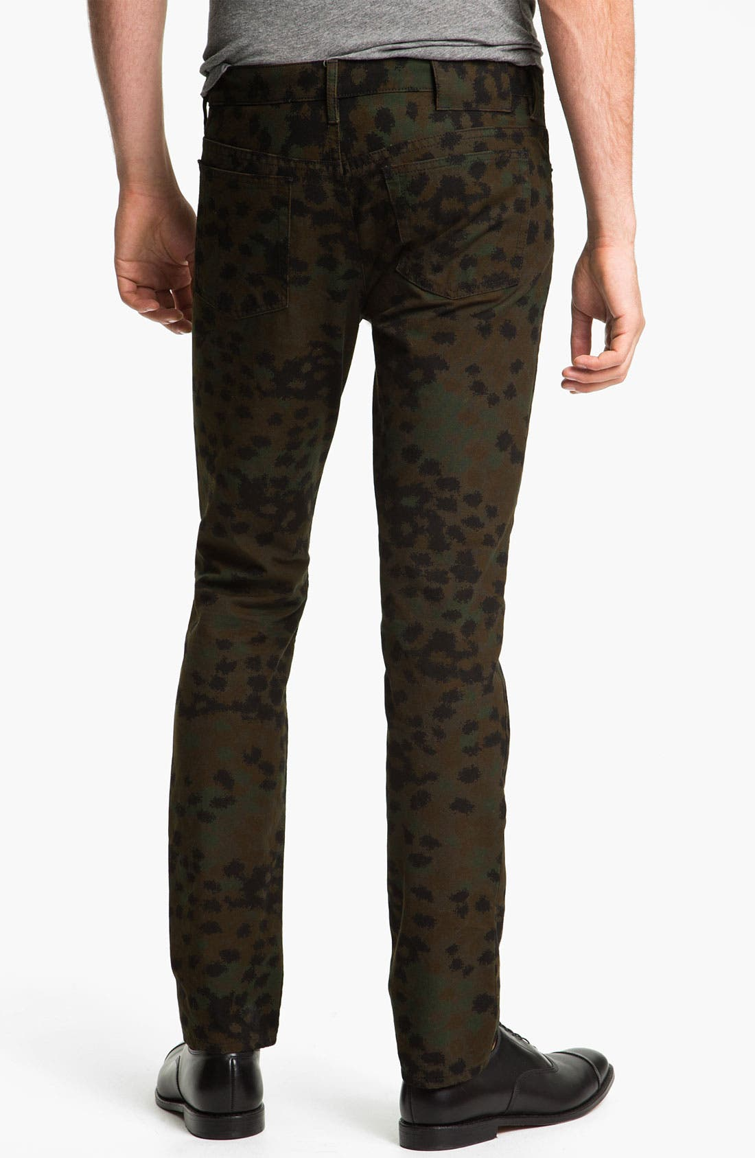 Alternate Image 1 Selected - MARC BY MARC JACOBS 'Irvin' Camo Straight Leg Pants