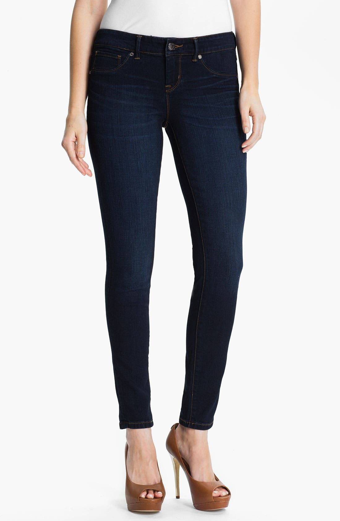 Main Image - Isaac Mizrahi Jeans 'Kendall' Denim Leggings