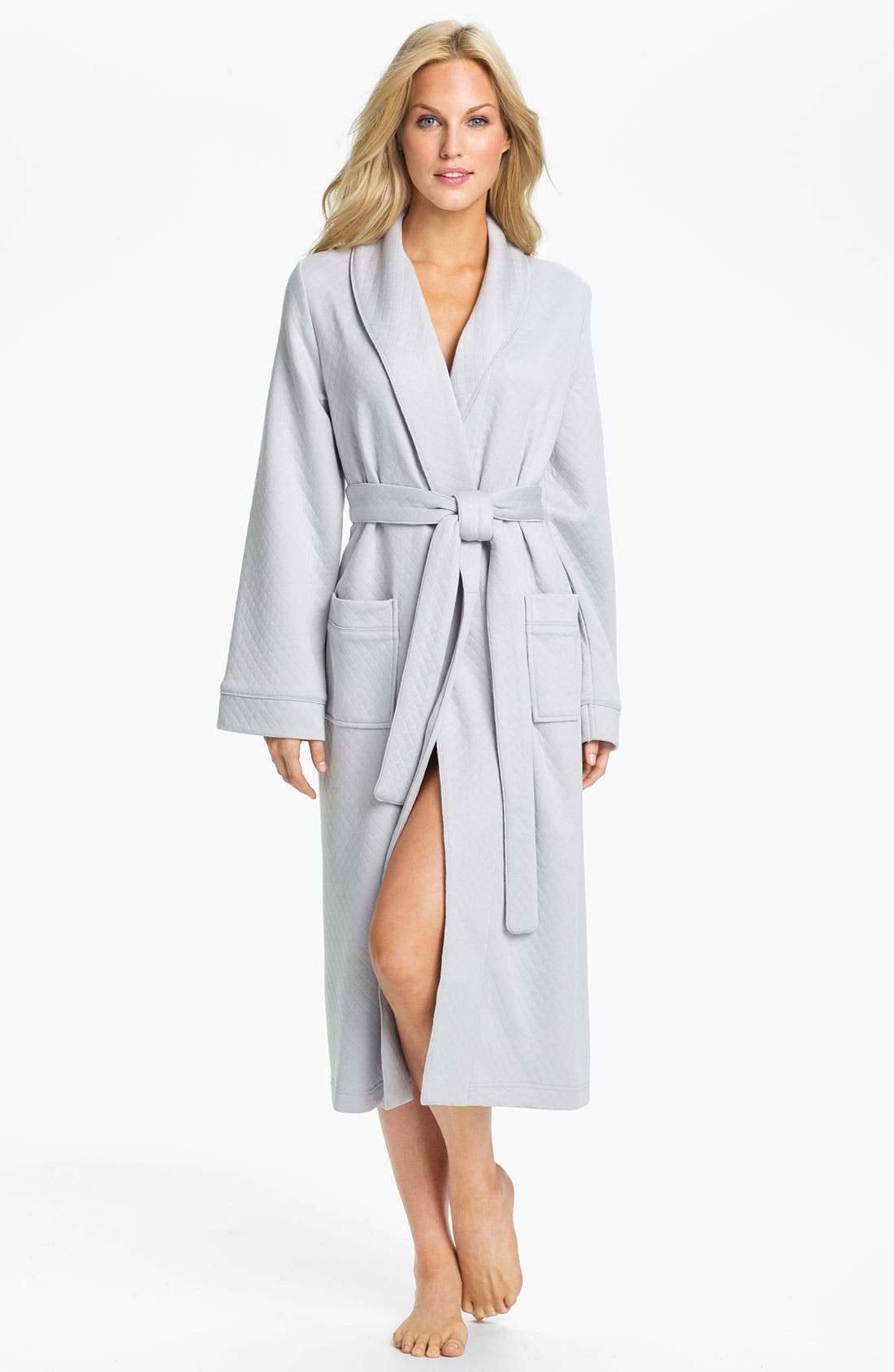 Alternate Image 1 Selected - Nordstrom Soft Quilted Robe