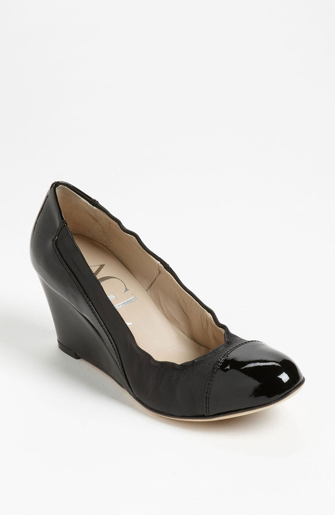 Main Image - Attilio Giusti Leombruni Stretch Wedge Pump