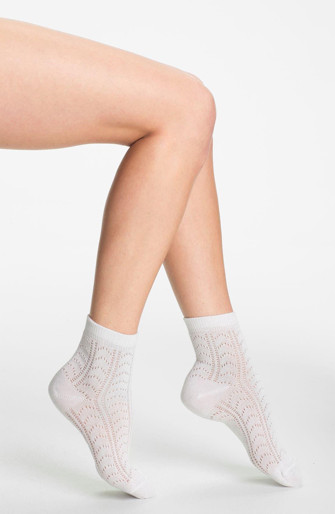 Main Image - Nordstrom 'Dainty Crochet' Anklet