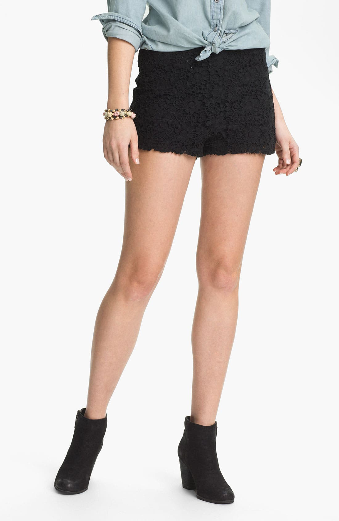 Main Image - Mimi Chica High Waist Lace Shorts (Juniors)