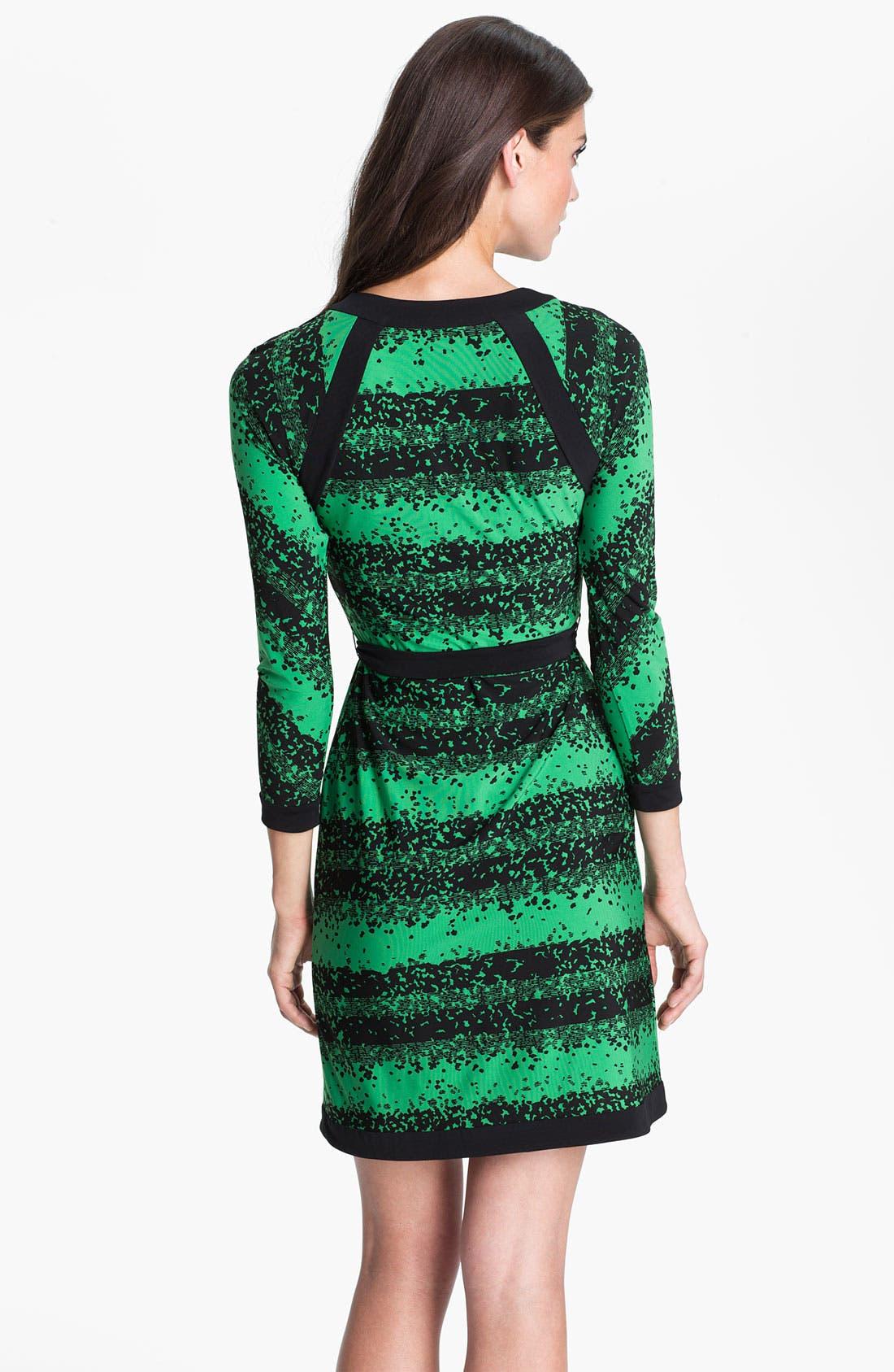 Alternate Image 2  - BCBGMAXAZRIA Contrast Trim Print Jersey Dress (Petite)