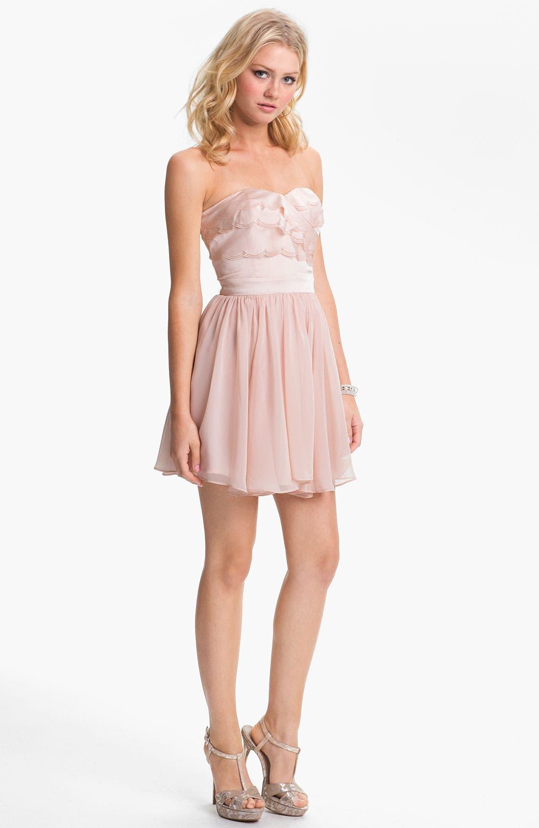 Alternate Image 1 Selected - En Crème Strapless Scalloped Chiffon Dress (Juniors)