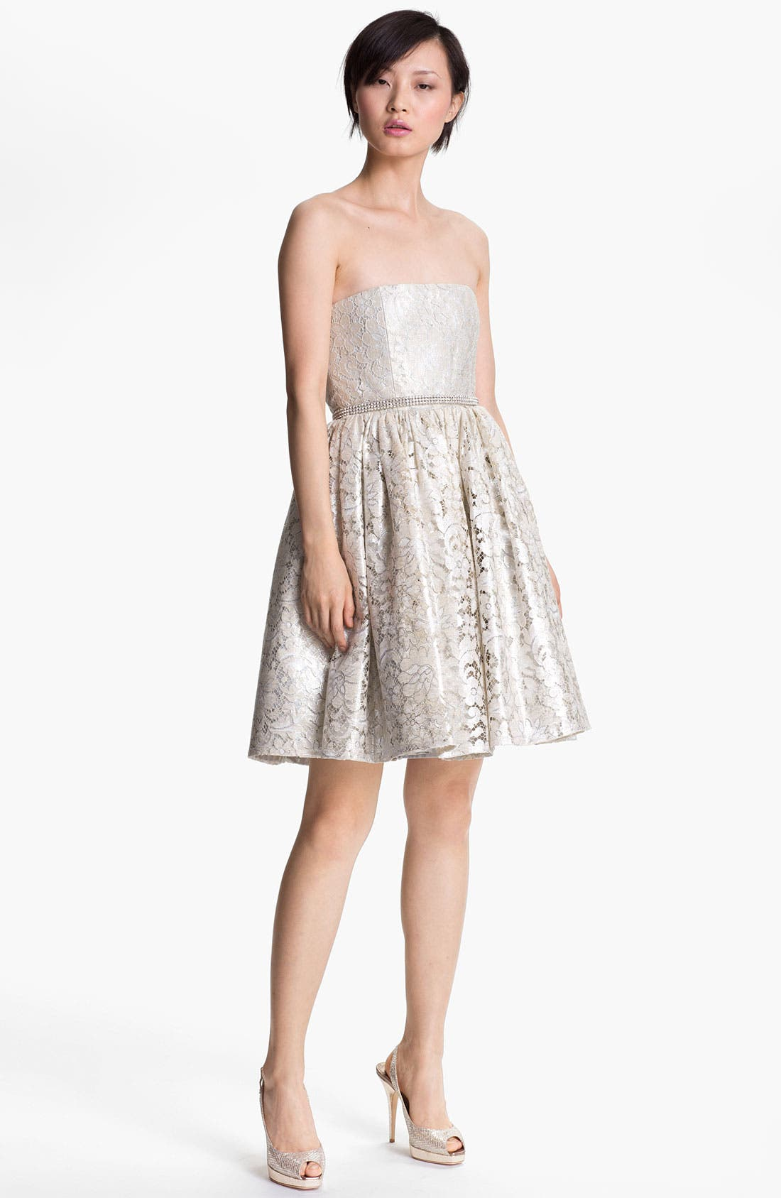 Main Image - Alice + Olivia 'Nellie' Short Strapless Gown
