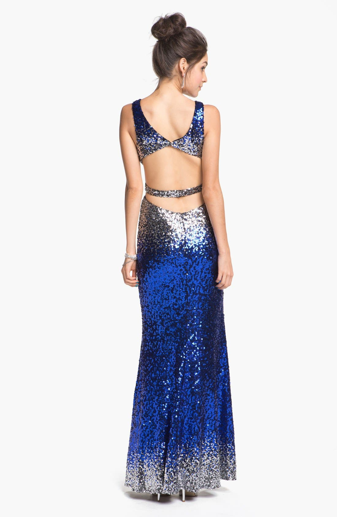Alternate Image 2  - Faviana Back Cutout Ombré Sequined Gown