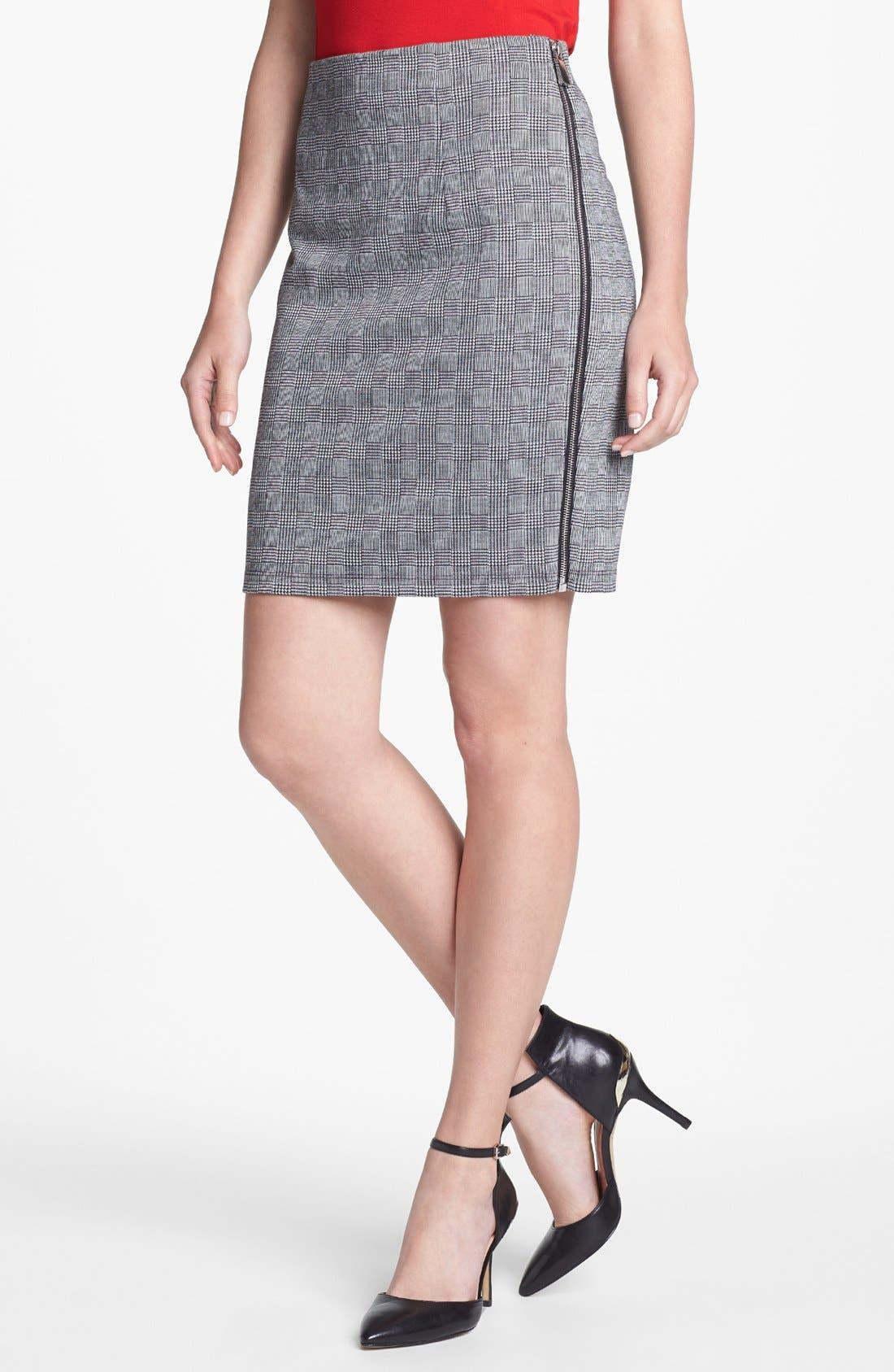 Main Image - Vince Camuto Side Zip Glen Plaid Pencil Skirt (Petite) (Nordstrom Exclusive)