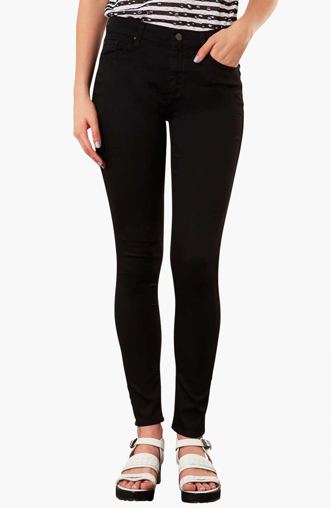 Alternate Image 1 Selected - Topshop 'Leigh' Skinny Jeans