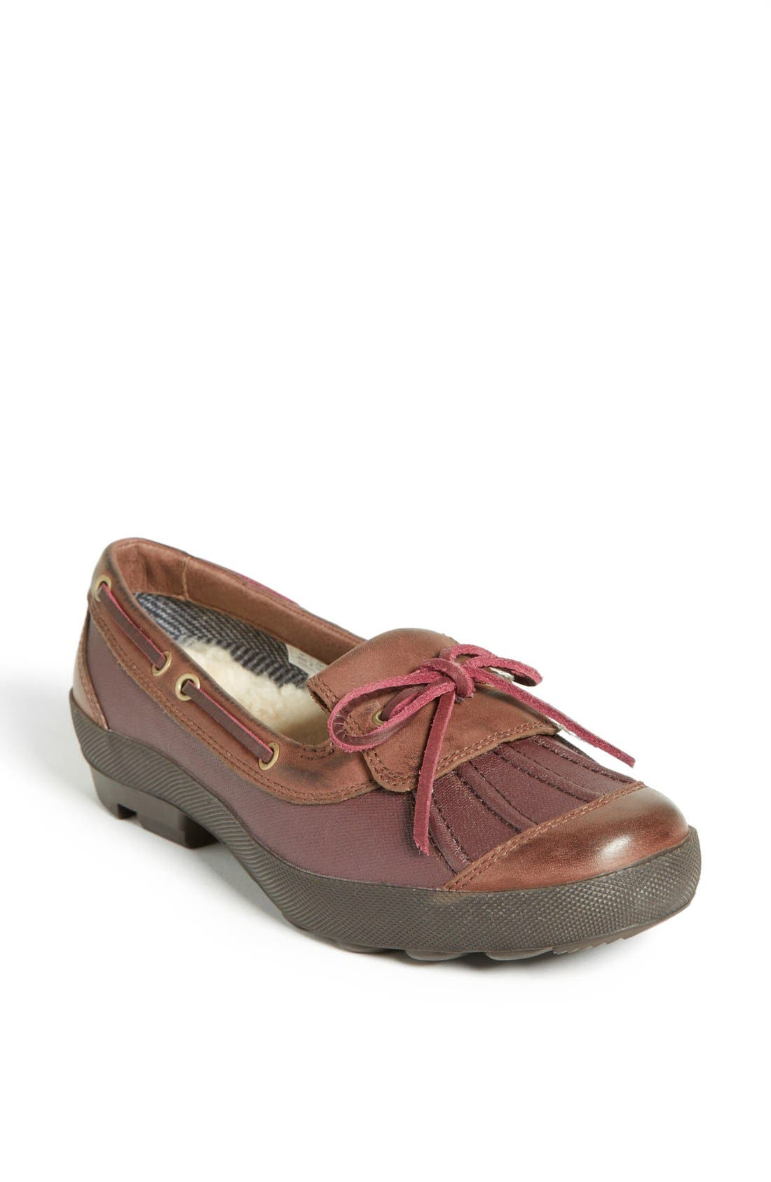 Alternate Image 1 Selected - UGG ASHDALE DUCK SHOE