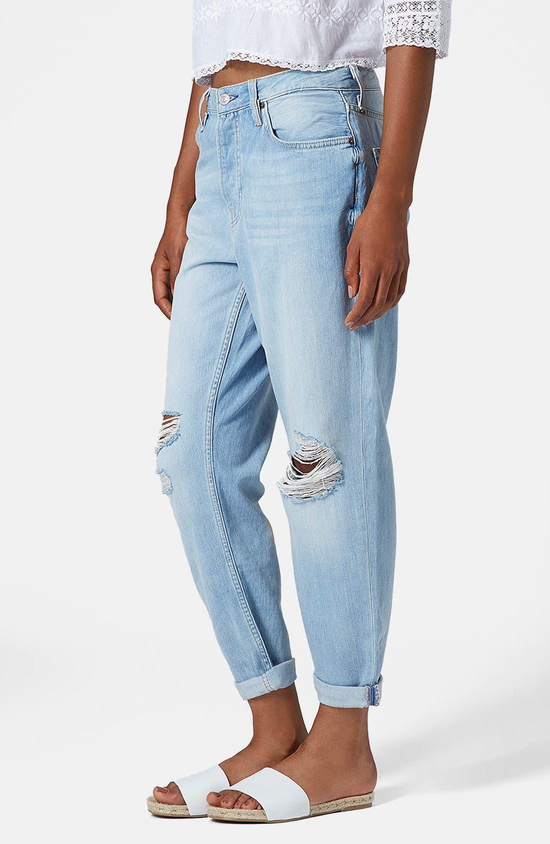 Main Image - Topshop Moto 'Hayden' Frayed Boyfriend Jeans (Bleach Stone)