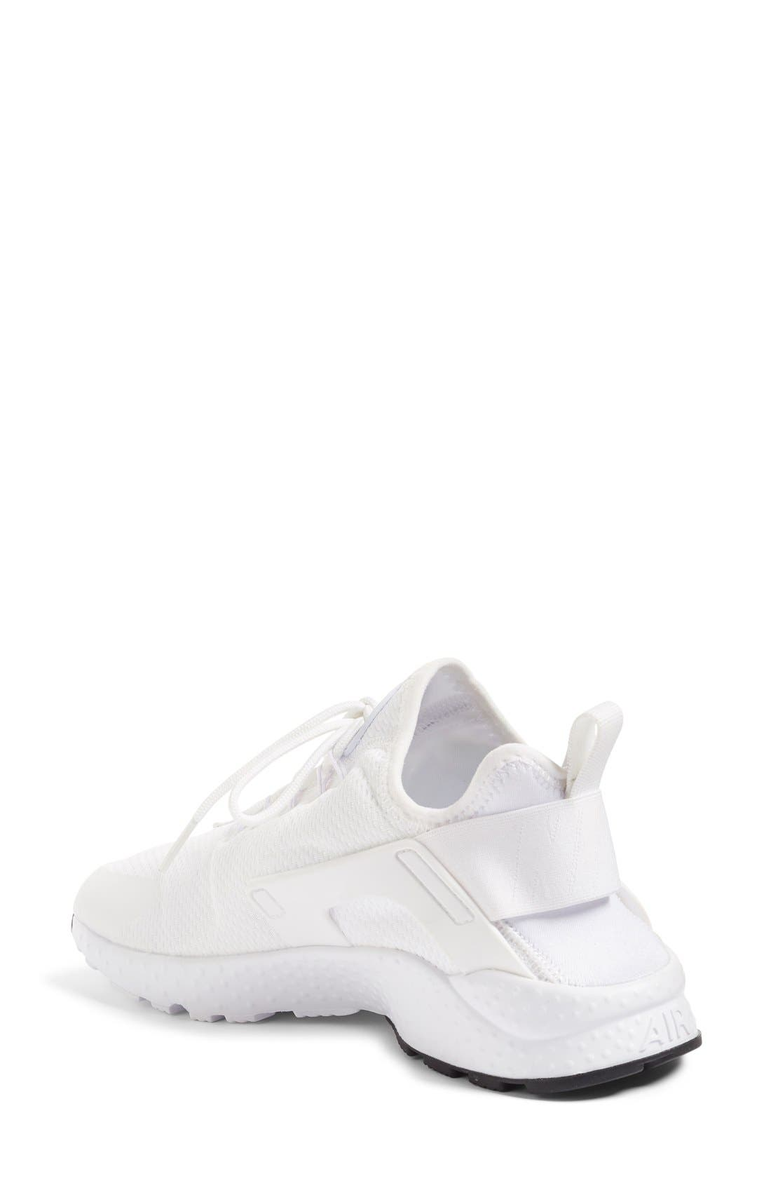 Alternate Image 2  - Nike Air Huarache Sneaker (Women)