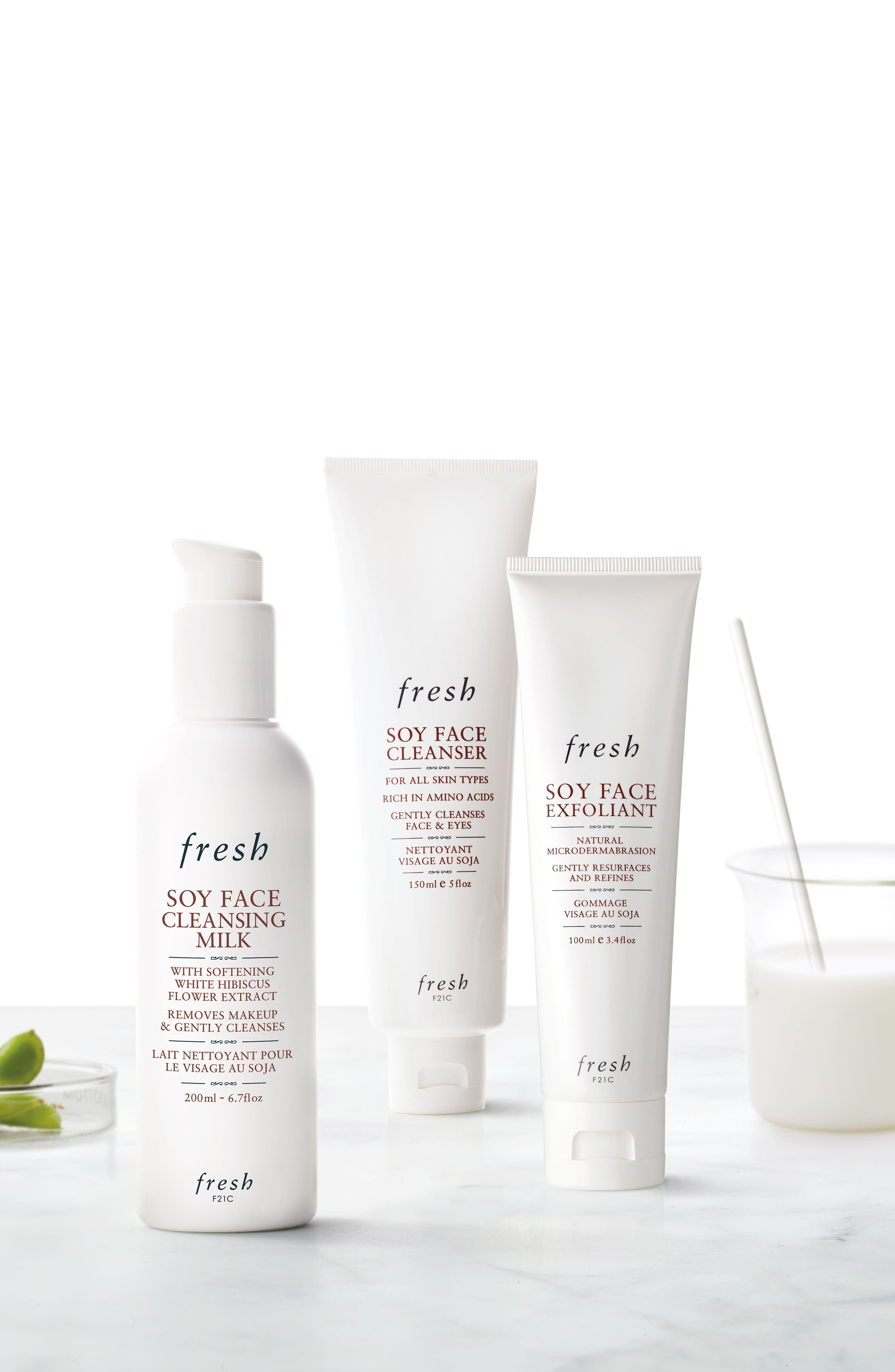 Alternate Image 3  - Fresh® Soy Face Cleansing Milk