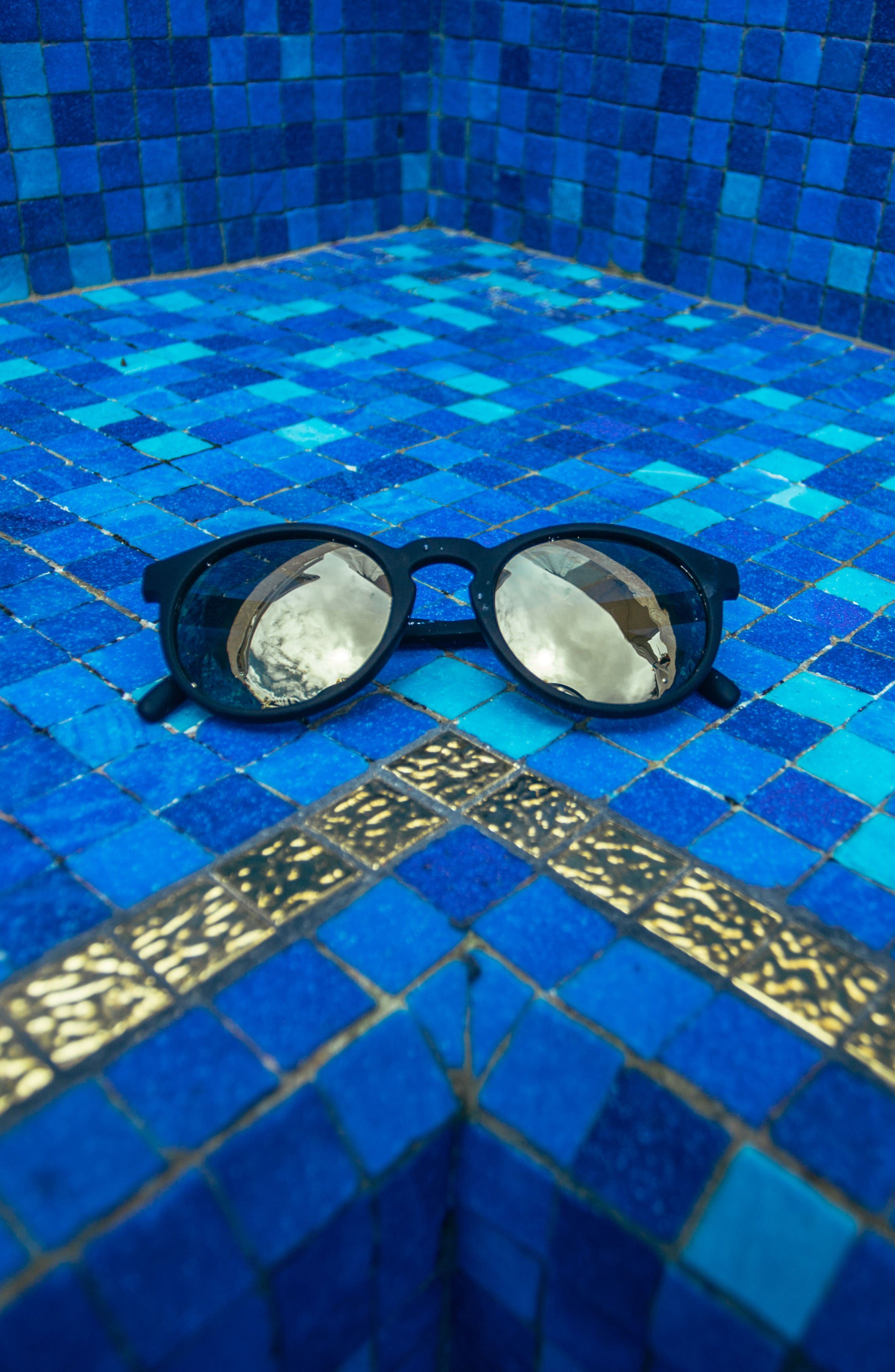 Alternate Image 2  - Sunski Dipsea 48mm Polarized Sunglasses
