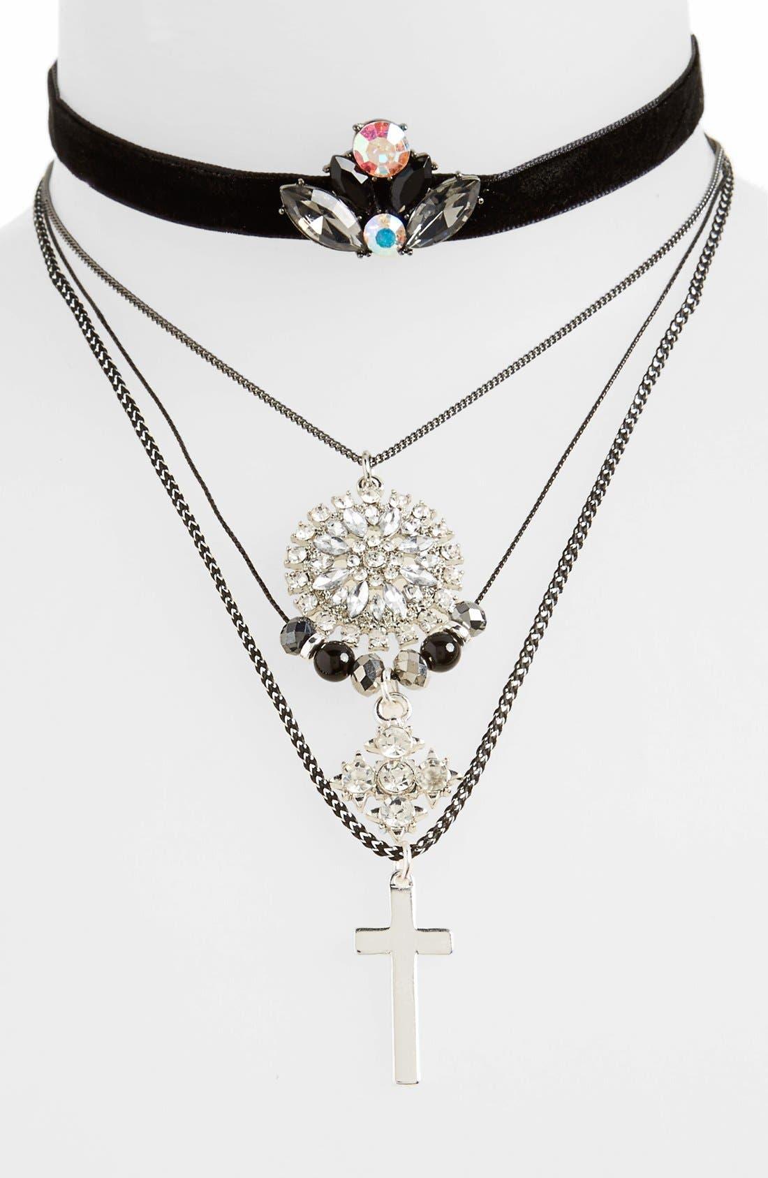 Main Image - Topshop Assorted Choker & Necklace Set