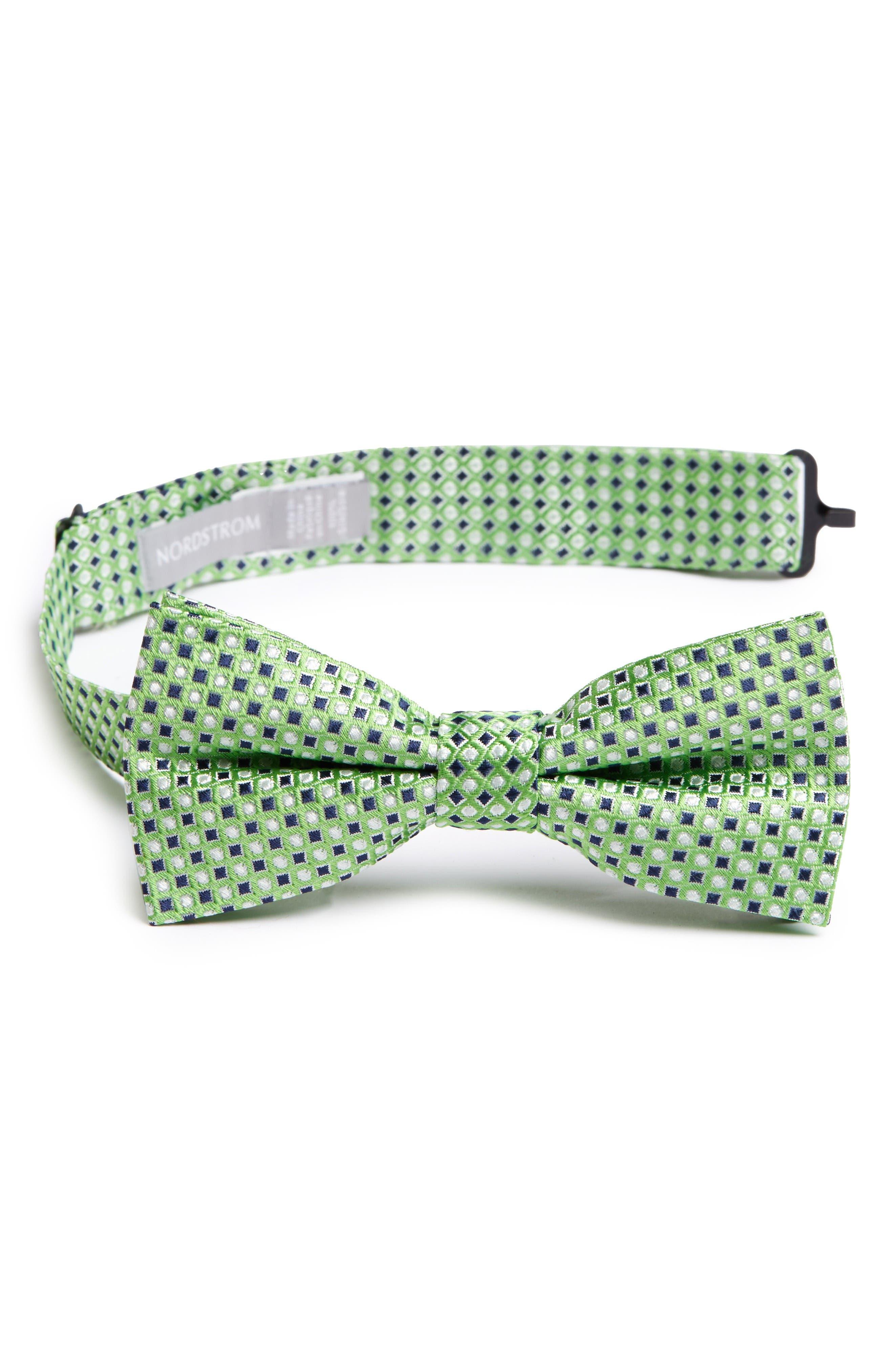 NORDSTROM Neat Geometric Silk Bow Tie