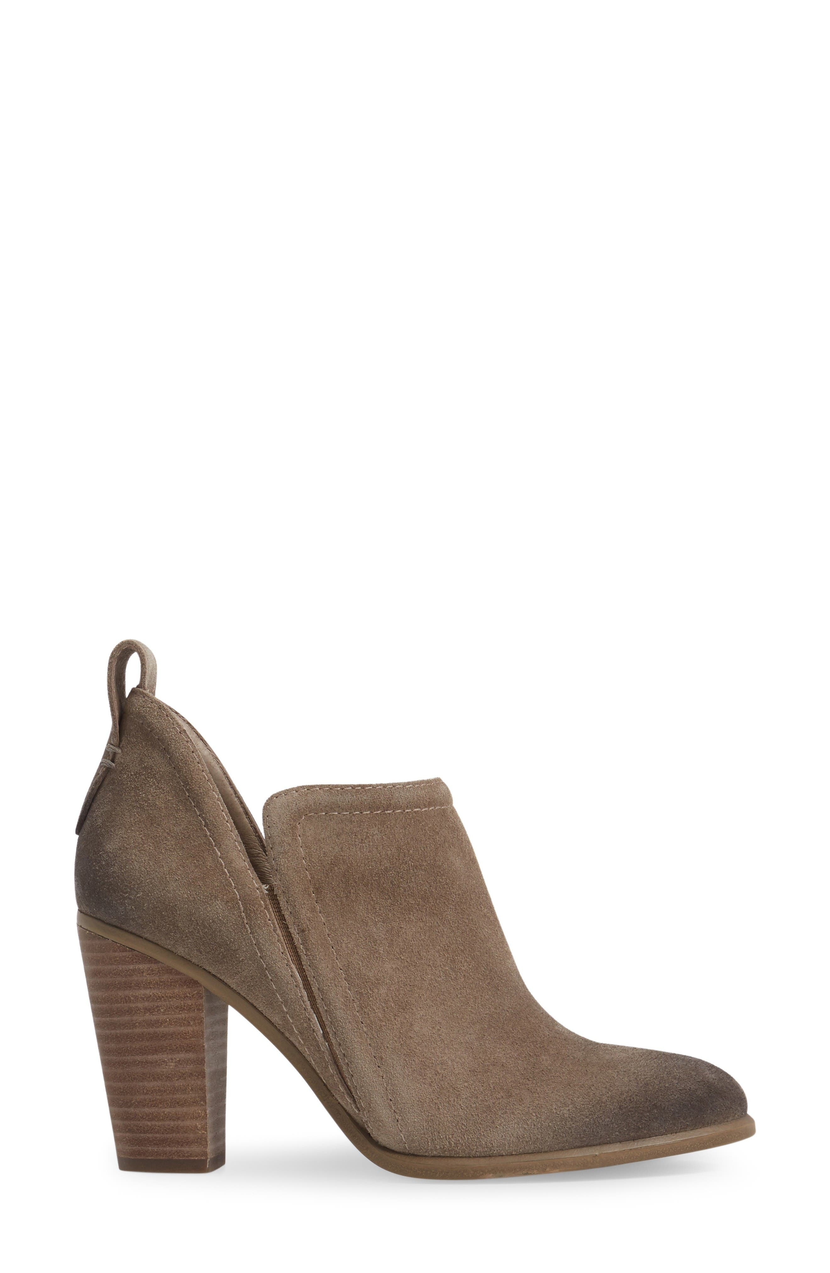 Alternate Image 3  - Vince Camuto Francia Bootie (Women)