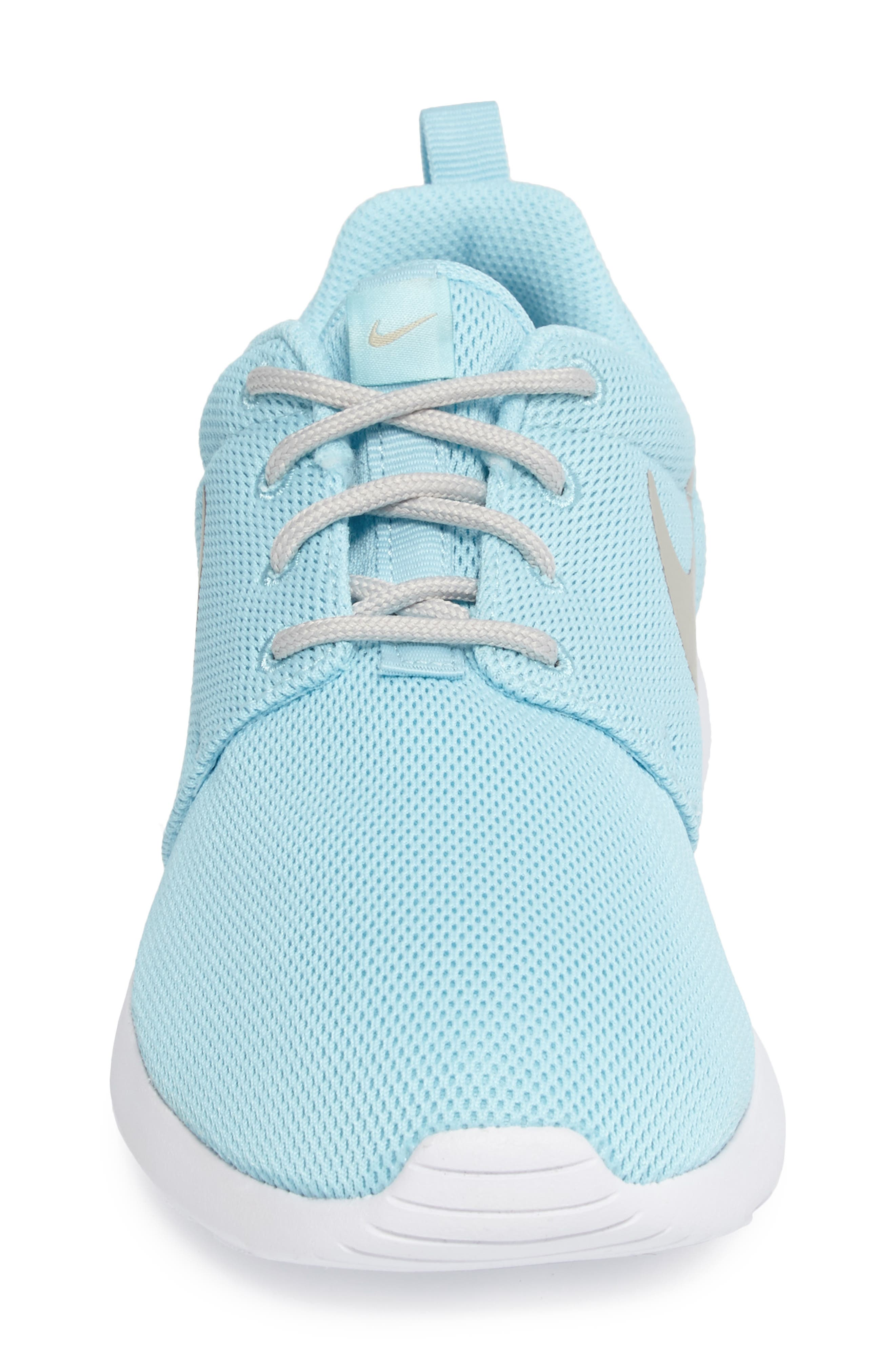 Alternate Image 4  - Nike 'Roshe Run' Sneaker (Women)