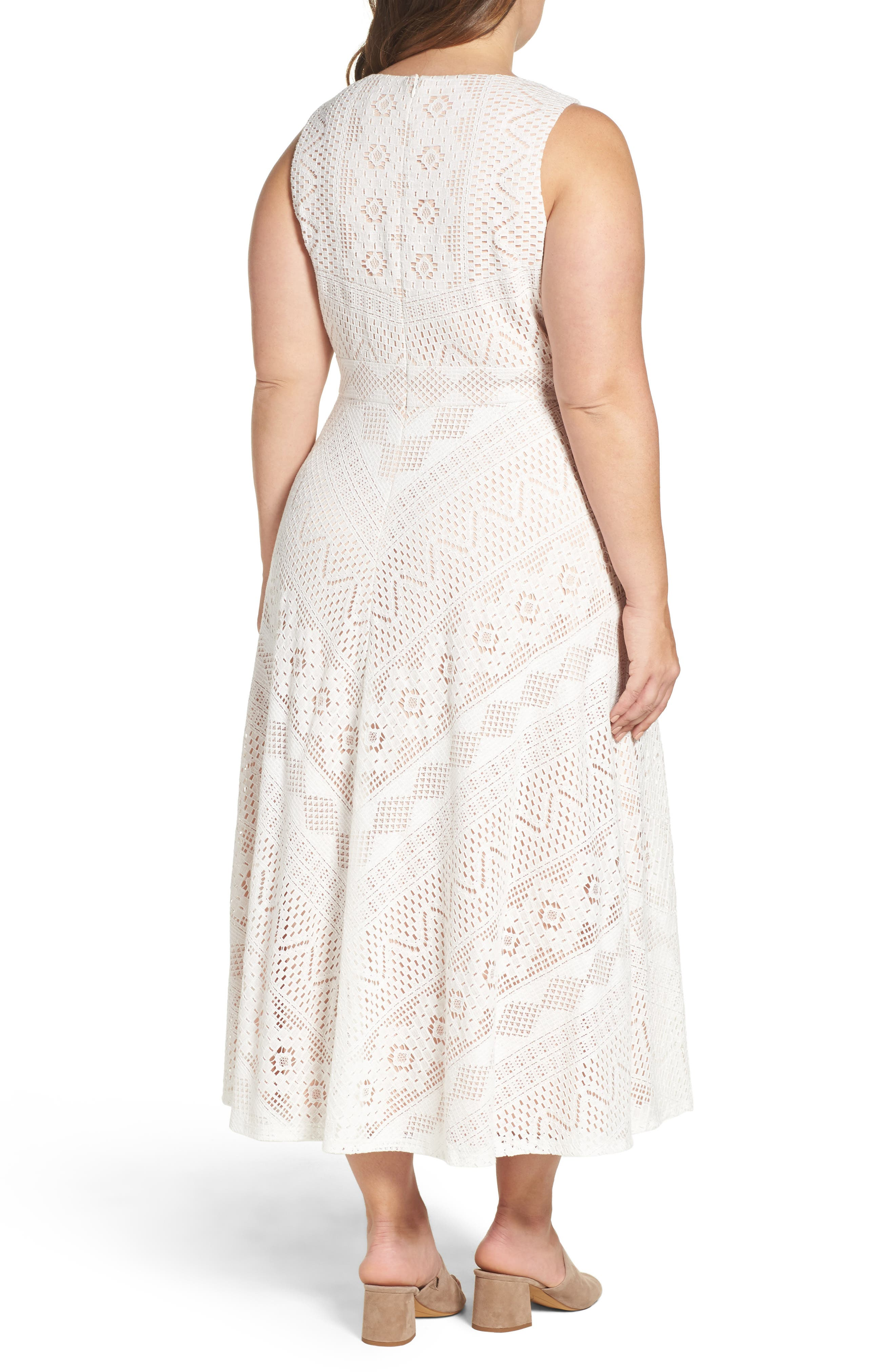 Alternate Image 3  - Vince Camuto Mitered Lace Midi Dress (Plus Size)