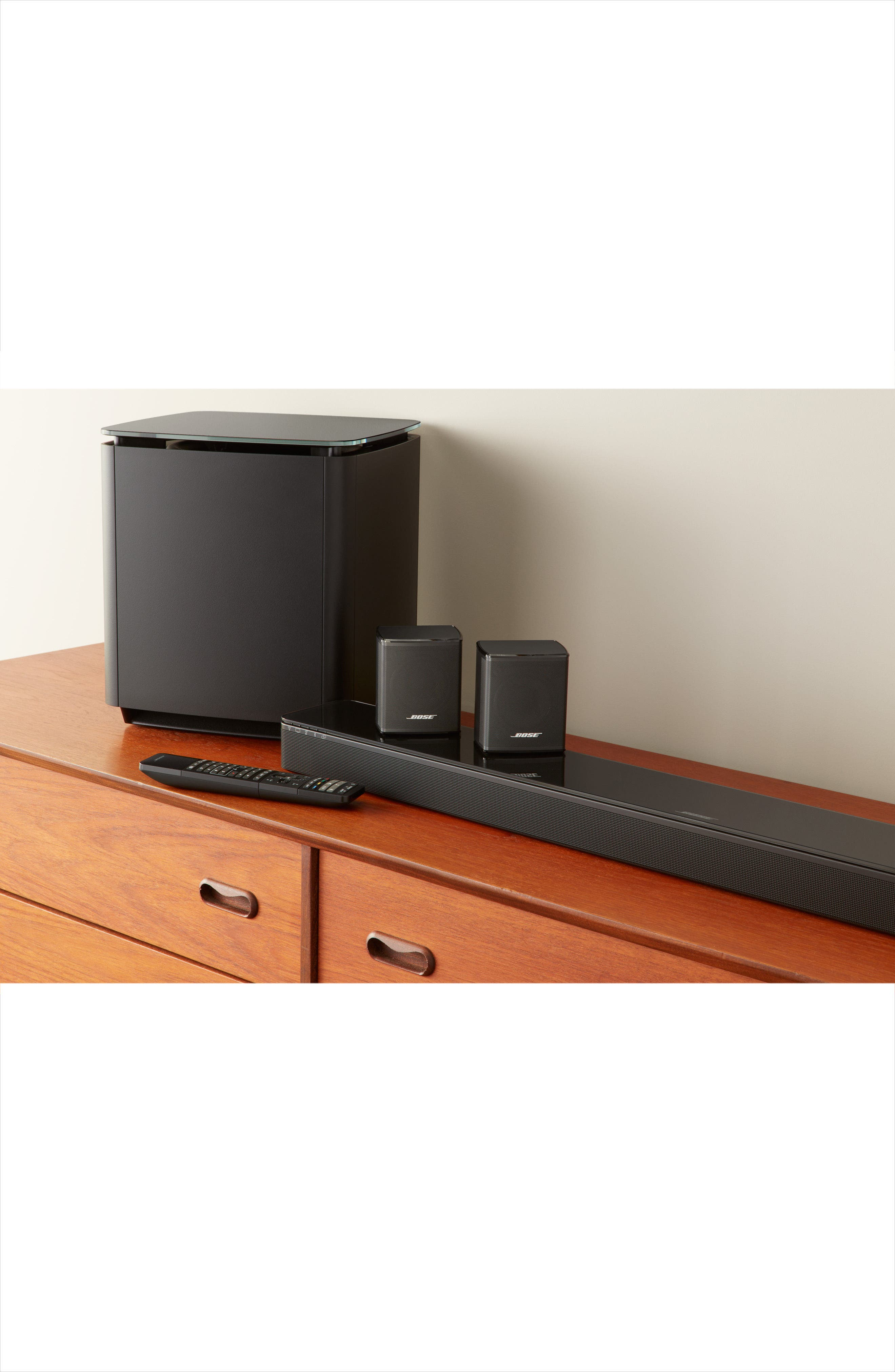 SoundTouch<sup>®</sup> 300 Wireless Soundbar,                             Alternate thumbnail 2, color,