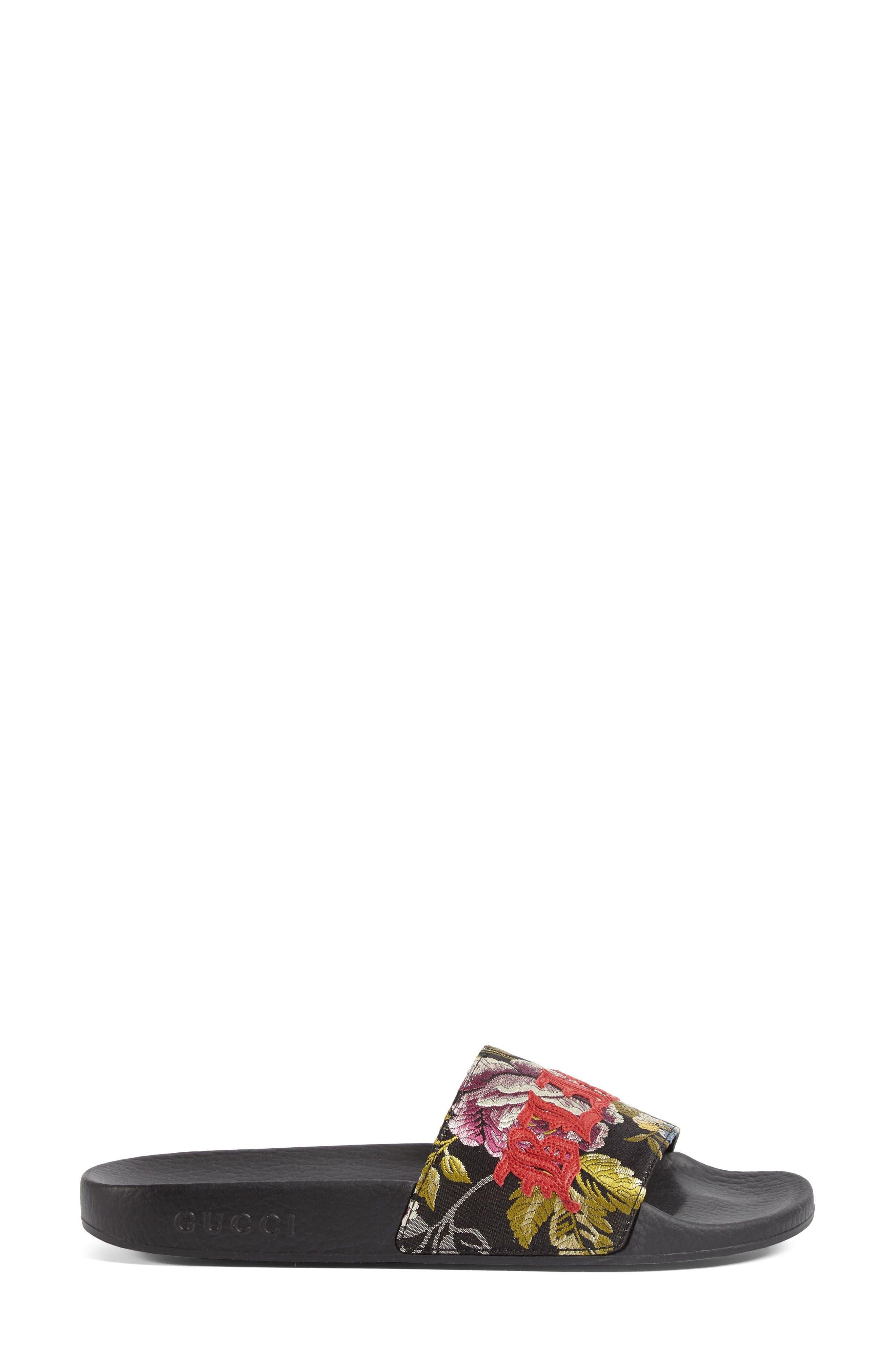Alternate Image 1 Selected - Gucci Pursuit Blind for Love Slide Sandal (Women)