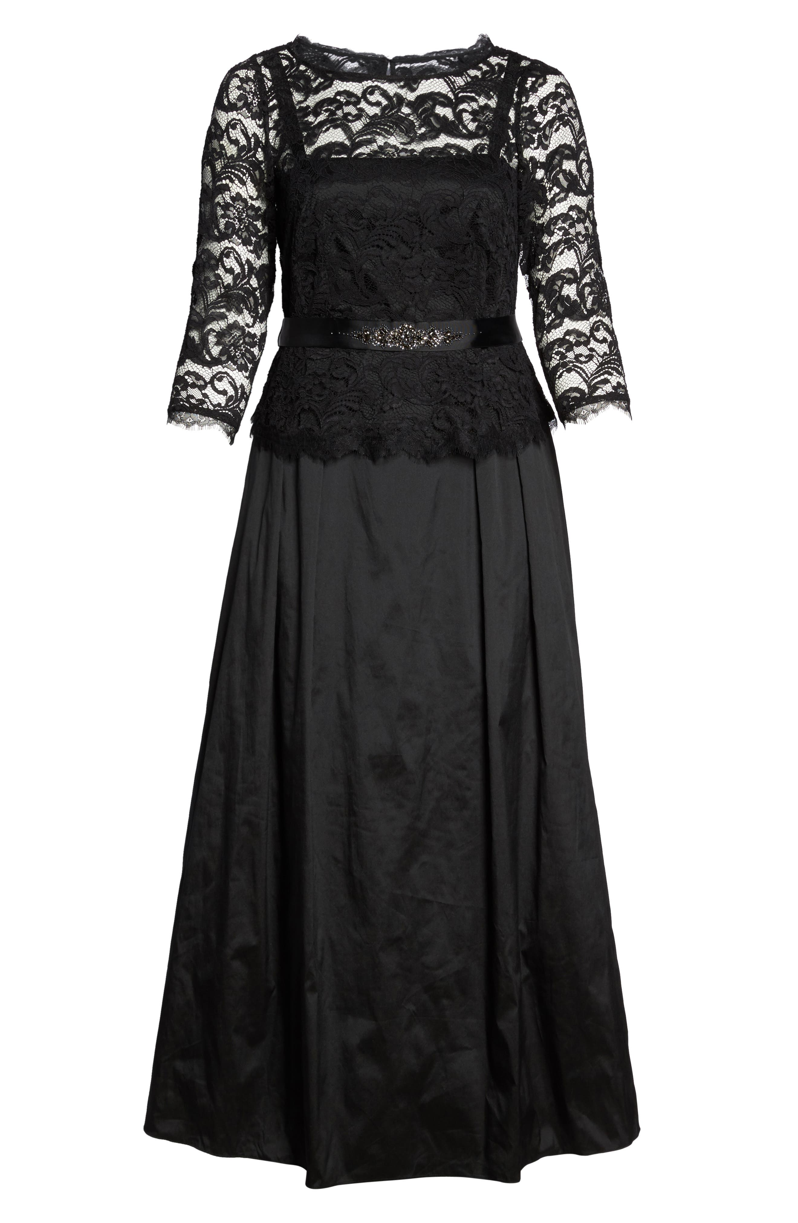 Alternate Image 6  - Adrianna Papell Nouveau Scroll Illusion Lace Gown (Plus Size)