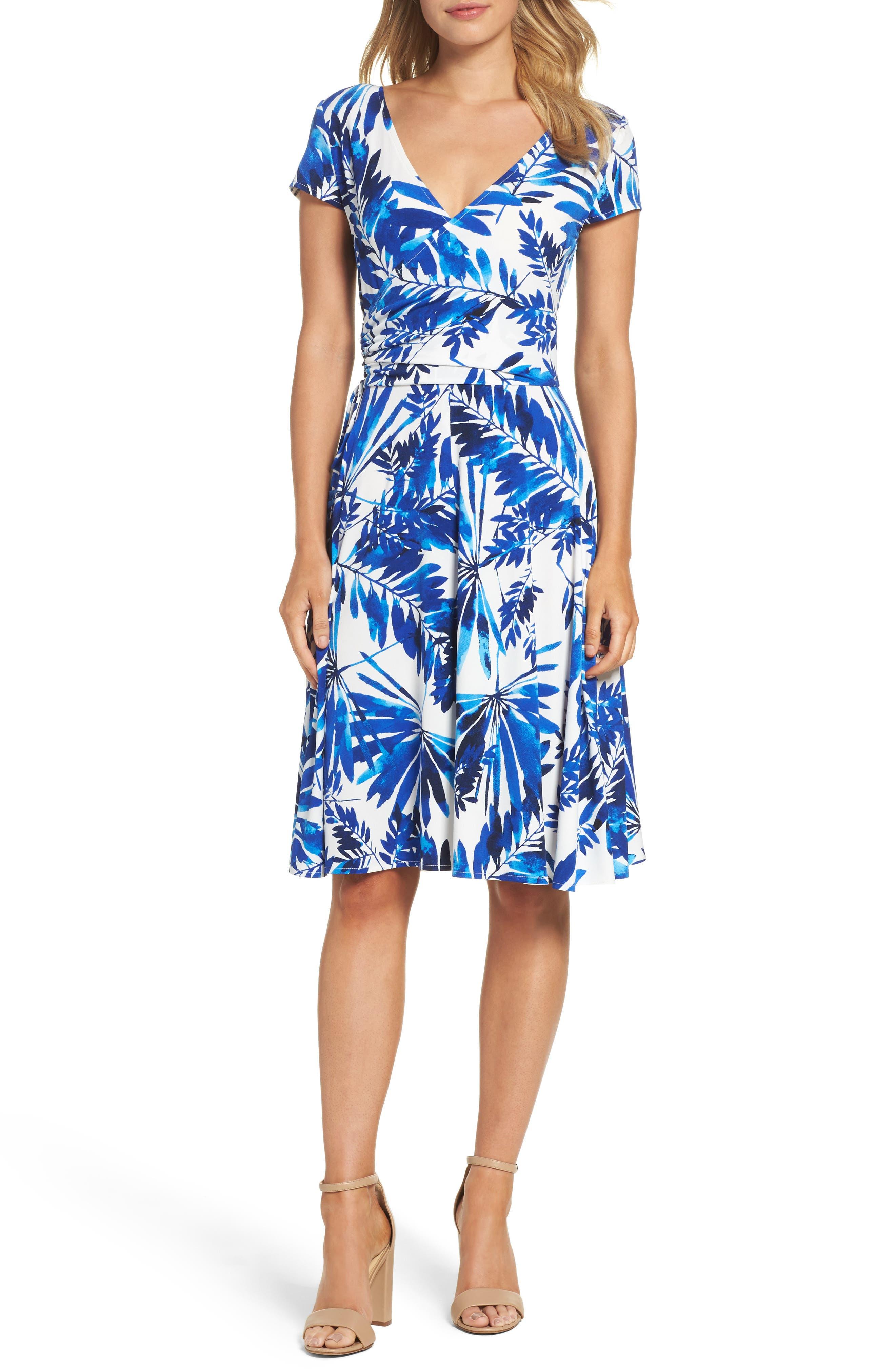 MAGGY LONDON Palm Spray Print Wrap Dress