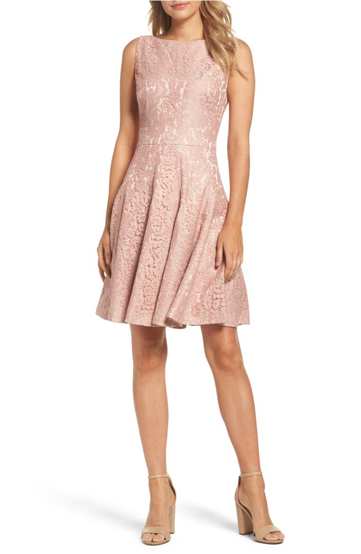 Fit & Flare Dresses. Shop the most flattering style of dresses at ANN TAYLOR: fit and flare! Try a classic black fit and flare dress for a sleek look, or make a statement with bell sleeves and pleats.